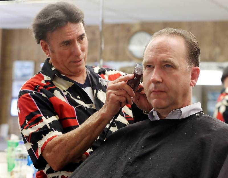 Libertyville barbershop celebrates 50 years