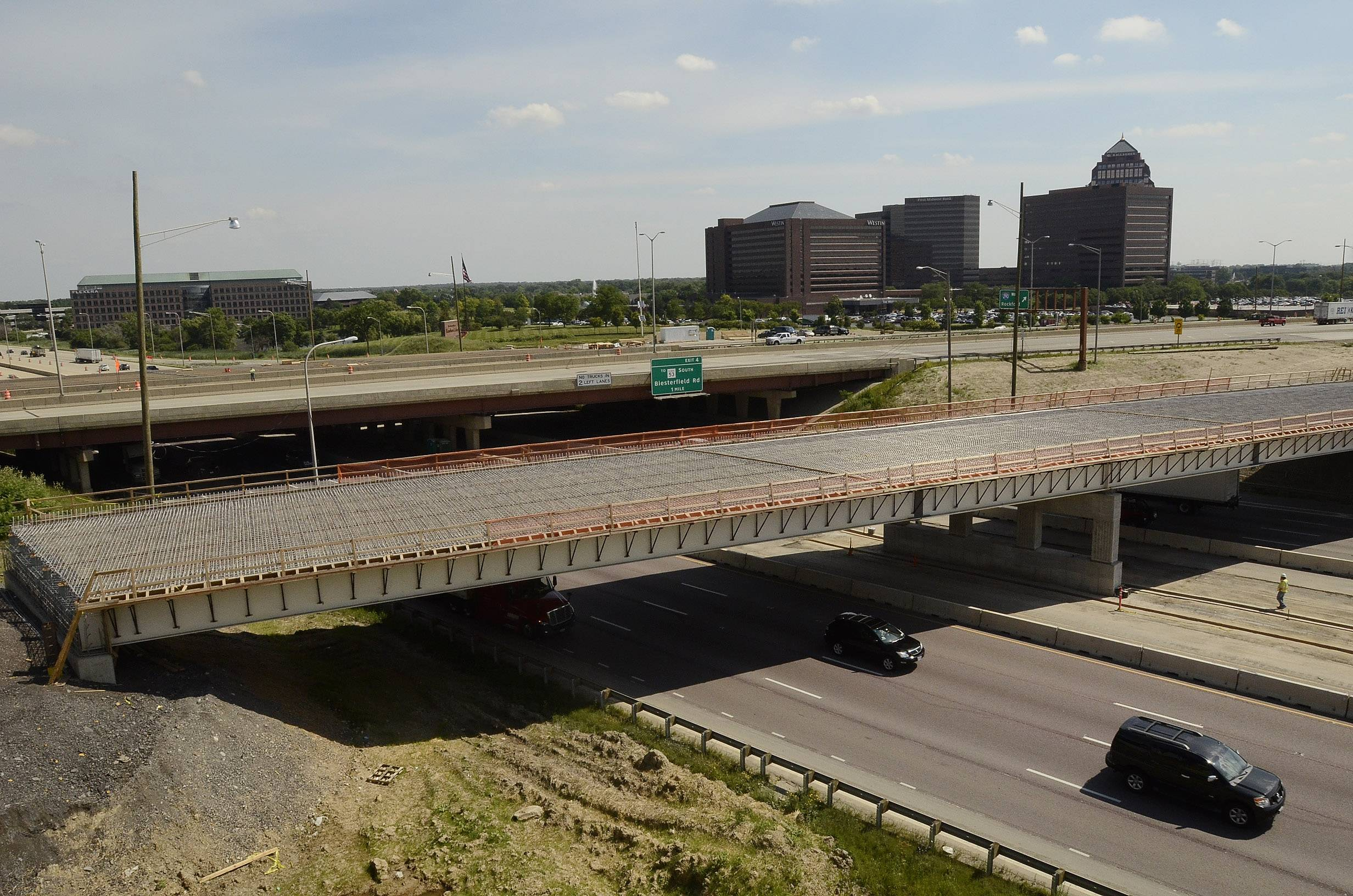 The first part of the Elgin-O'Hare Expressway will be finished at the end of 2015.
