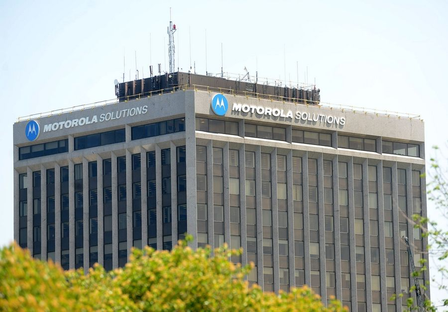 Motorola Solutions announced Tuesday that it will move its headquarters from Schaumburg to Chicago by next summer.