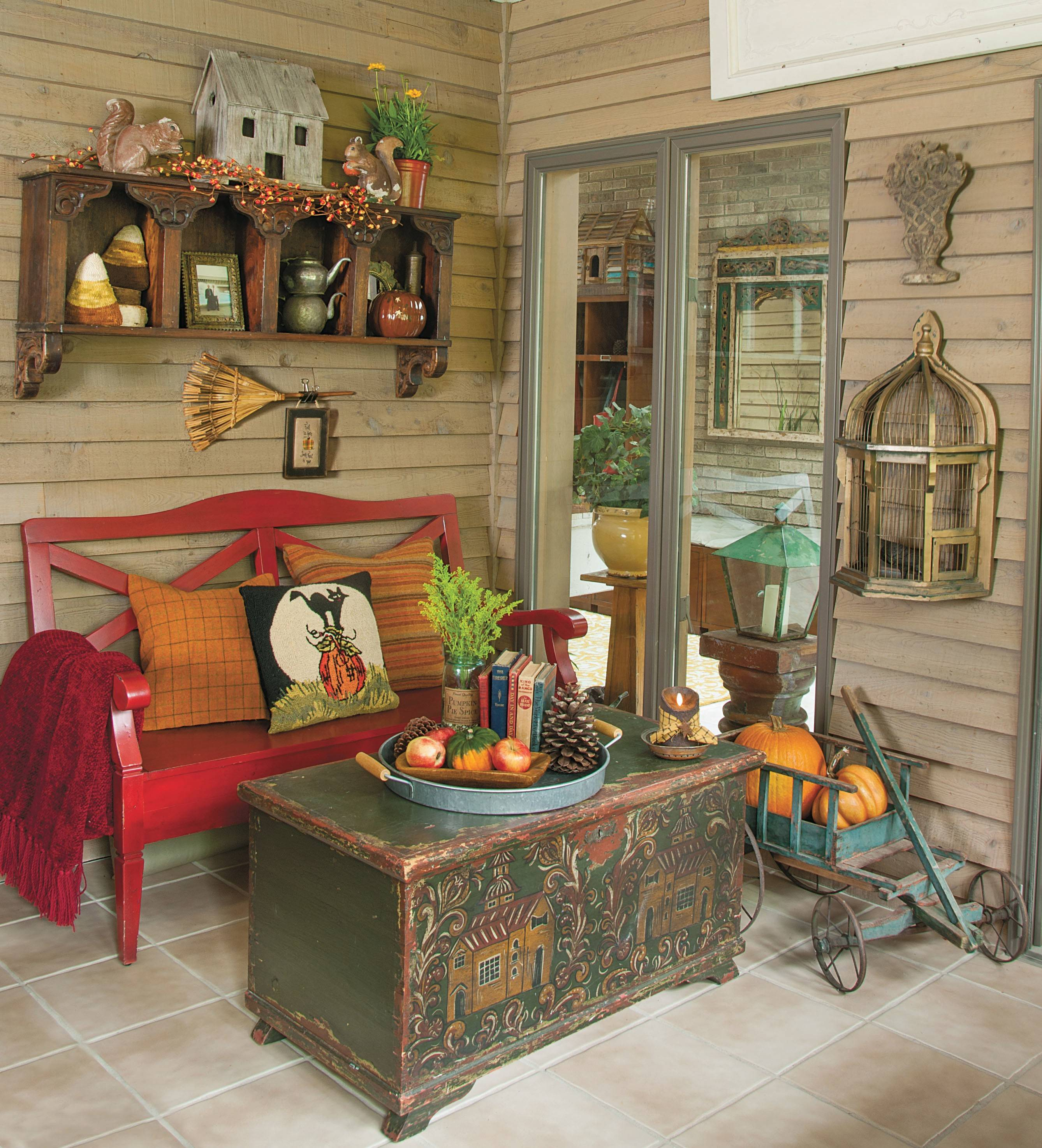 36 Stylish Primitive Home Decorating Ideas: How To Create A Cohesive Fall Style In A Three-season Sunroom
