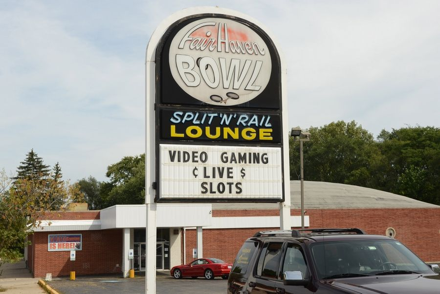 Underage video gambling has led to a $25,000 state fine for Fair Haven Lanes in Mundelein.