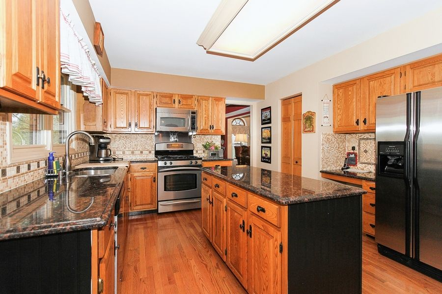 This Talbot floor plan has an updated eat-in kitchen with granite countertops.