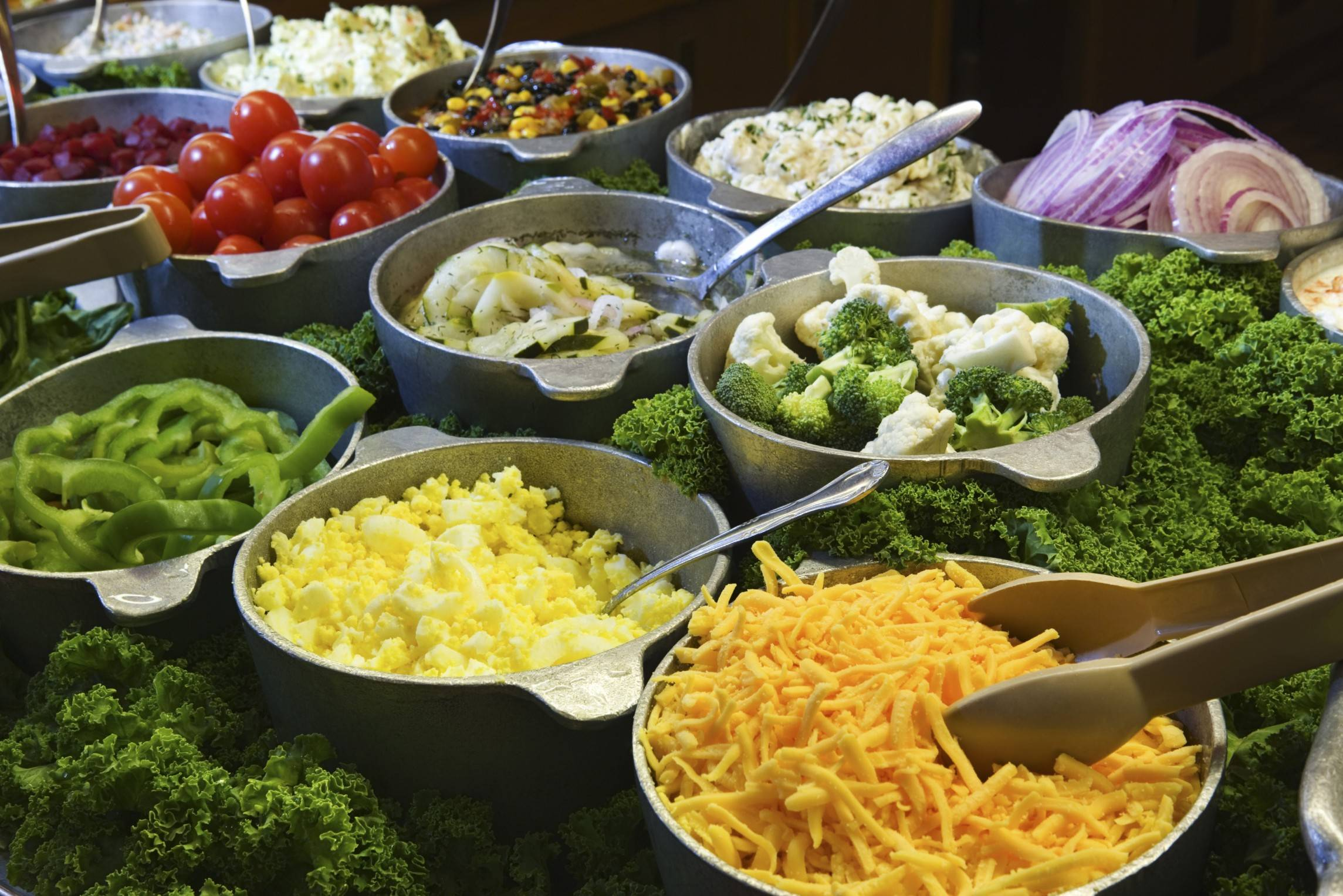 Is a salad bar a healthy choice or a potential disaster? Salad bars can be tricky, experts say, but probably aren't a concern for most healthy people as long as there is a clean and well-kept sneeze guard in place.