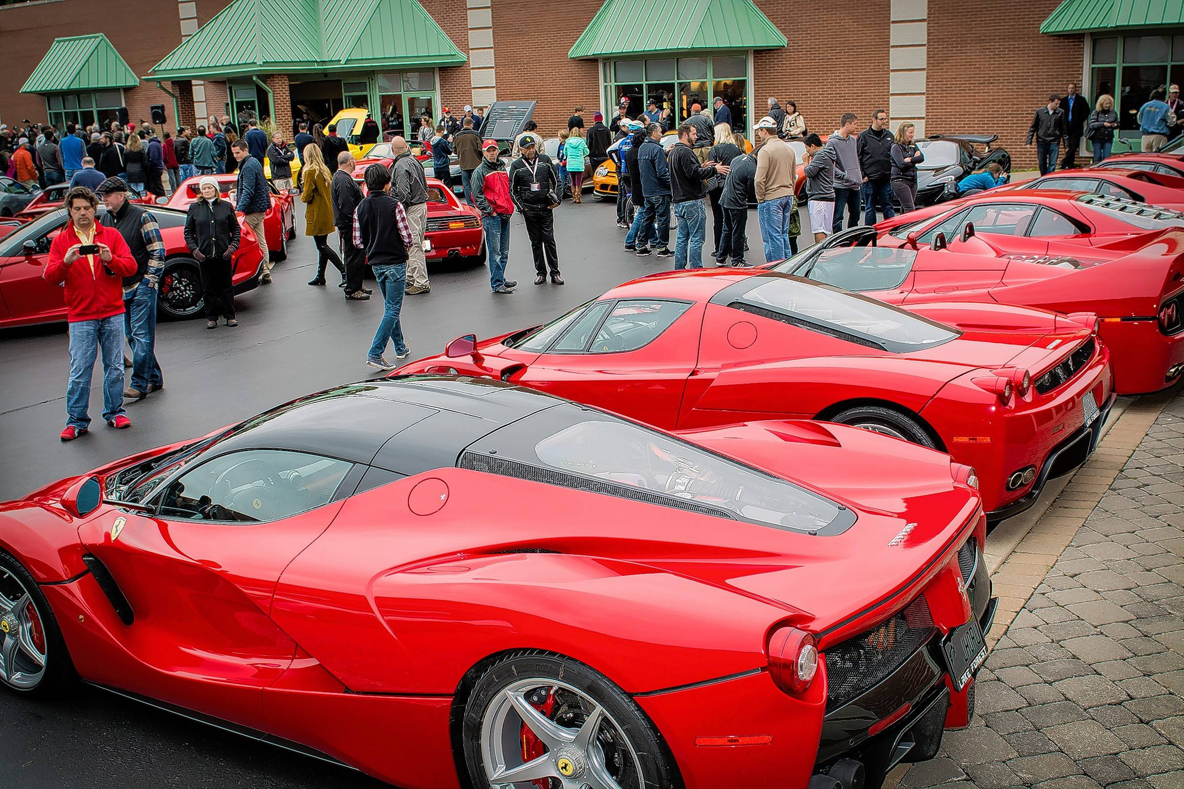 Ferraris Line Up Oct. 4 At Lake Forest Sportscars For The Auto Dealeru0027s  20th Annual