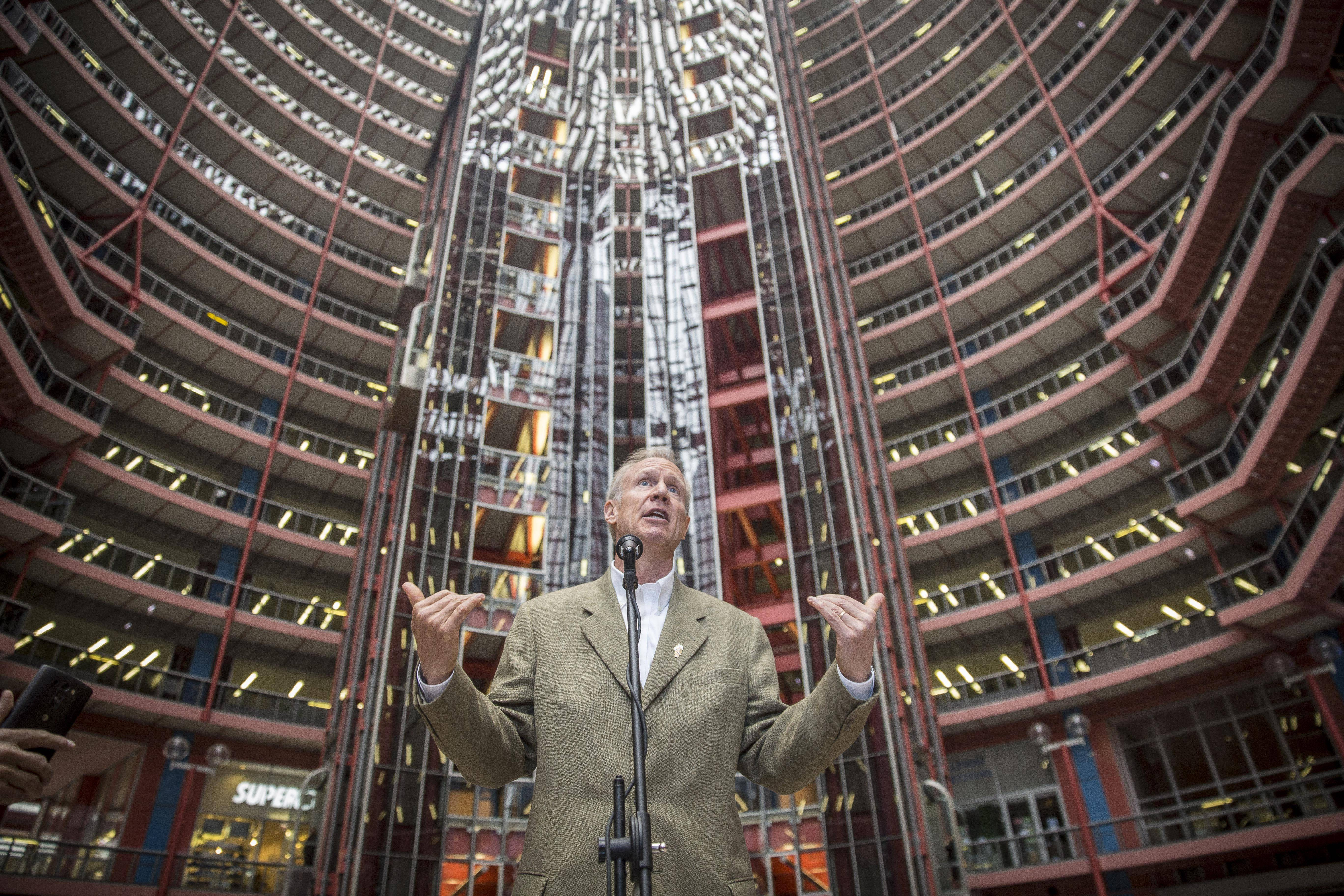 Rauner wants to sell Chicago's Thompson Center