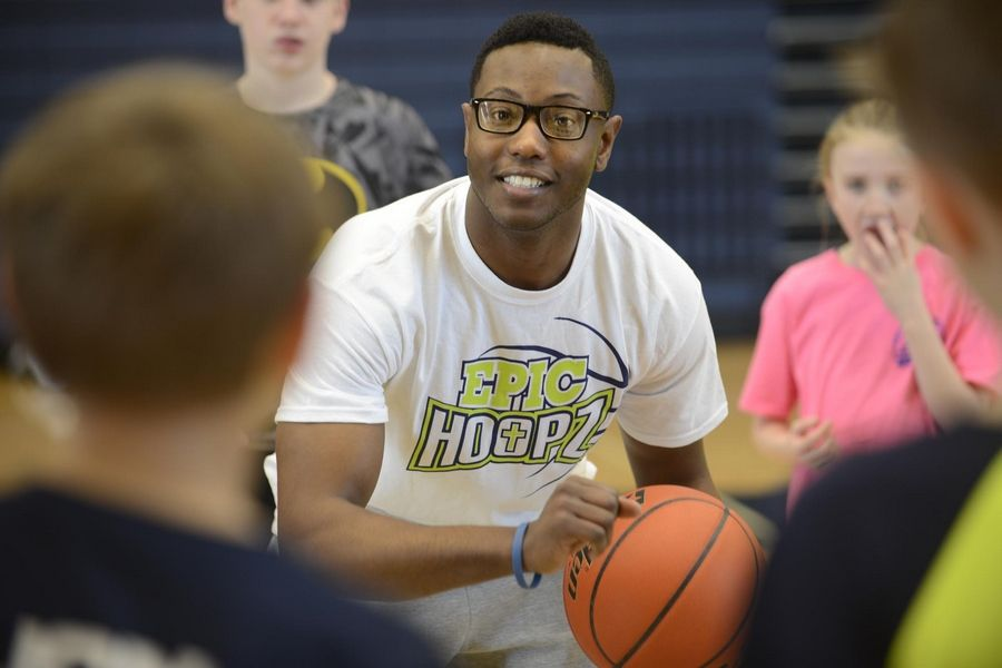 Justin Anthony, formerly of Elgin, founded EPIC Hoopz to teach kids to be leaders. He uses competitive basketball to reach children elementary school age through high school, and encourages them to become productive citizens.