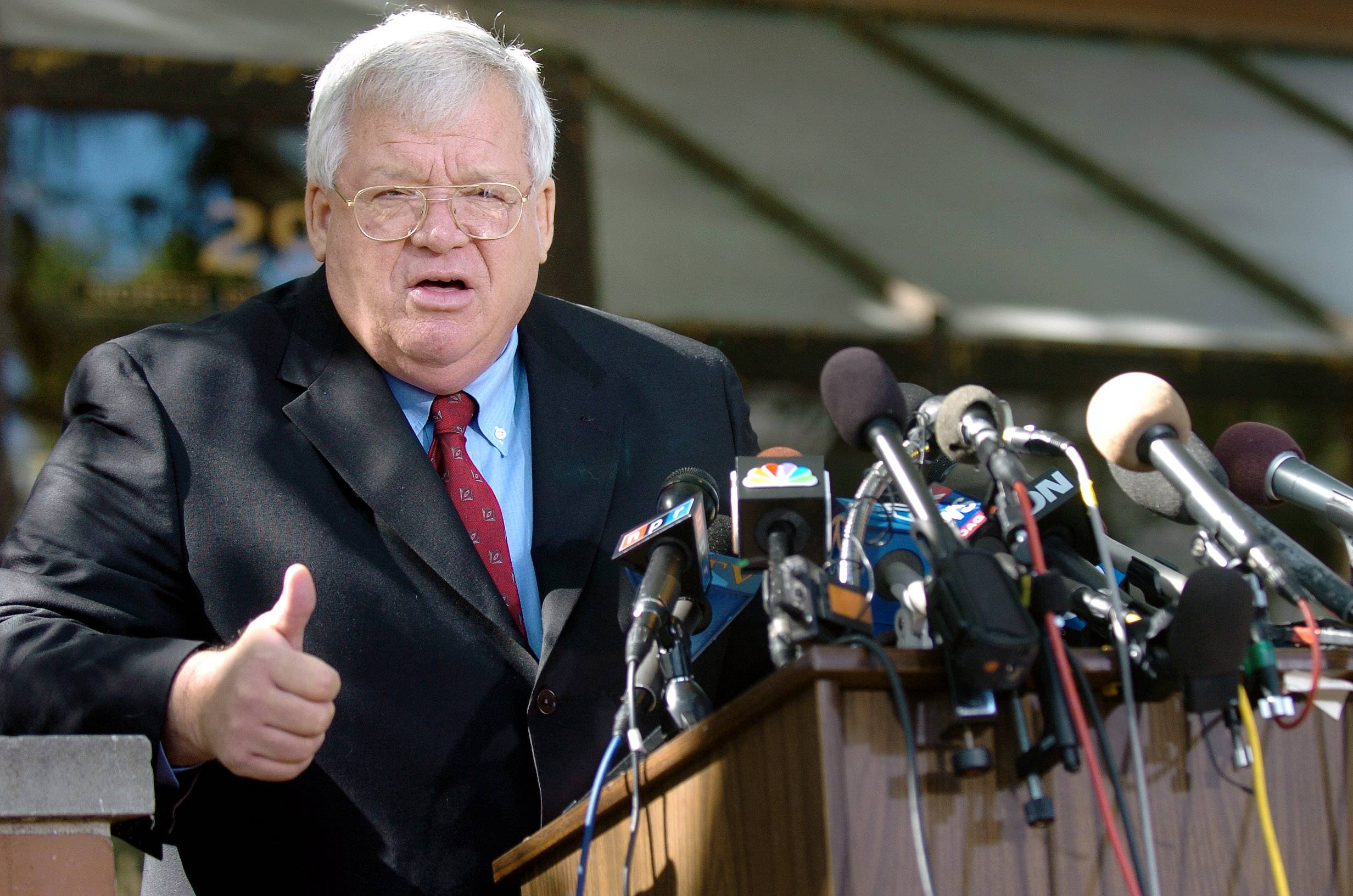 Hastert took responsibility for Mark Foley sex scandal in 2006