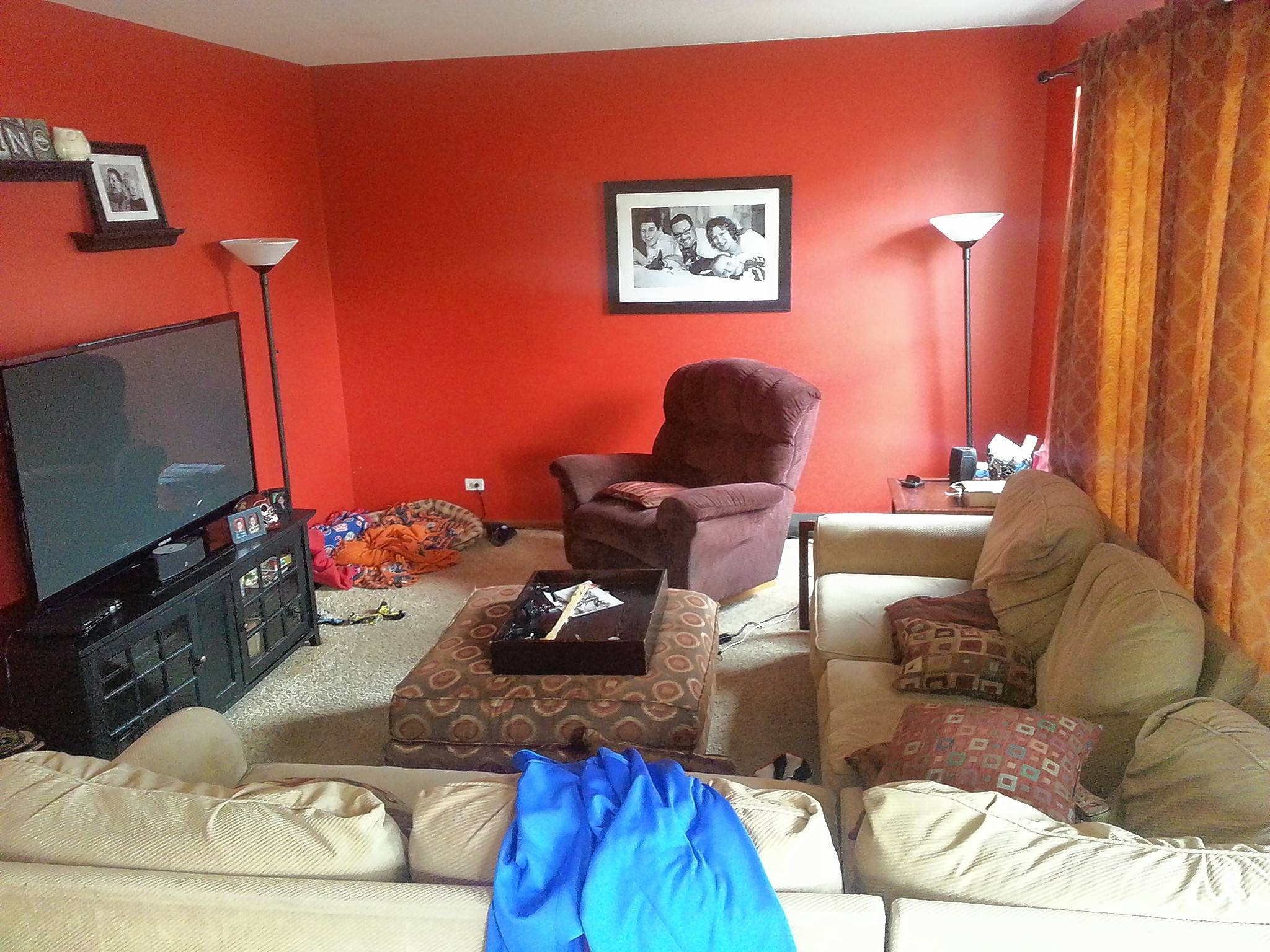 Wendy Zumpano Of Gurnee Knows Her Orange Family Room Doesnu0027t Work And Is In