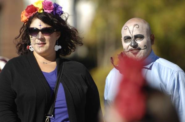 Suburbs Celebrate Day Of The Dead