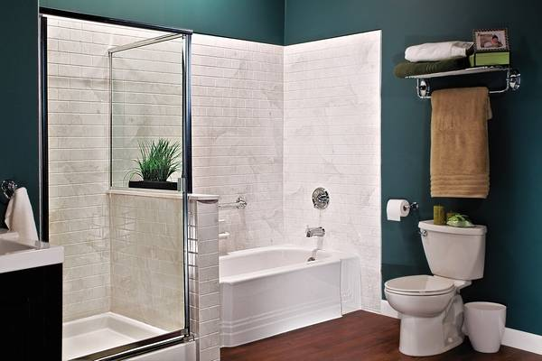 Local Company Specializes In Quick Bathroom Makeovers - Quick bathroom remodel