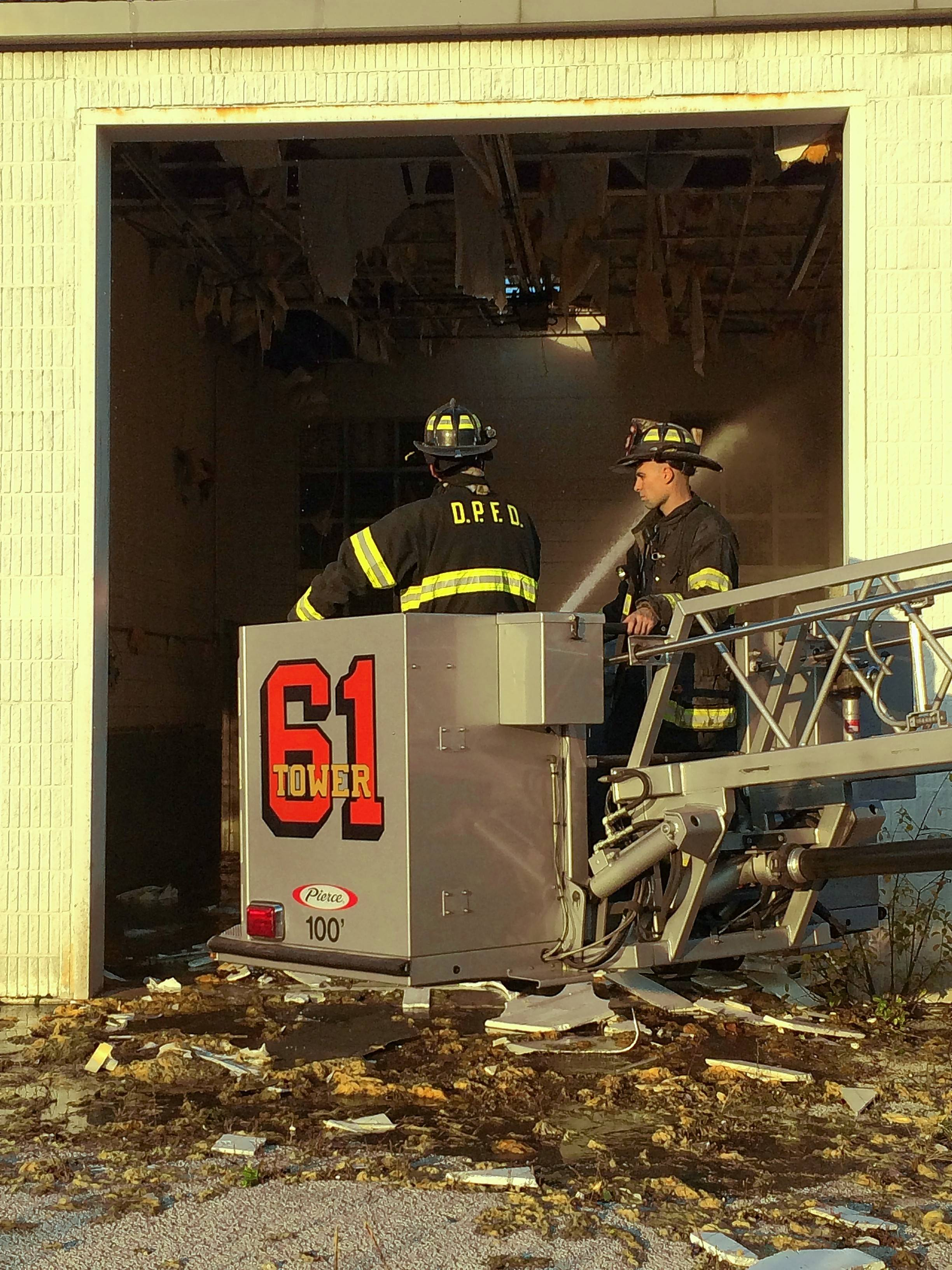 Des Plaines firefighters train at site of future Mariano's