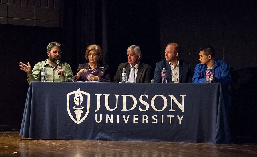 "A panel of judges comprising experienced entrepreneurs from for-profit and nonprofit sectors picked the winners of Judson University's ""Shark Tank"" entrepreneurial competition Thursday in Elgin."