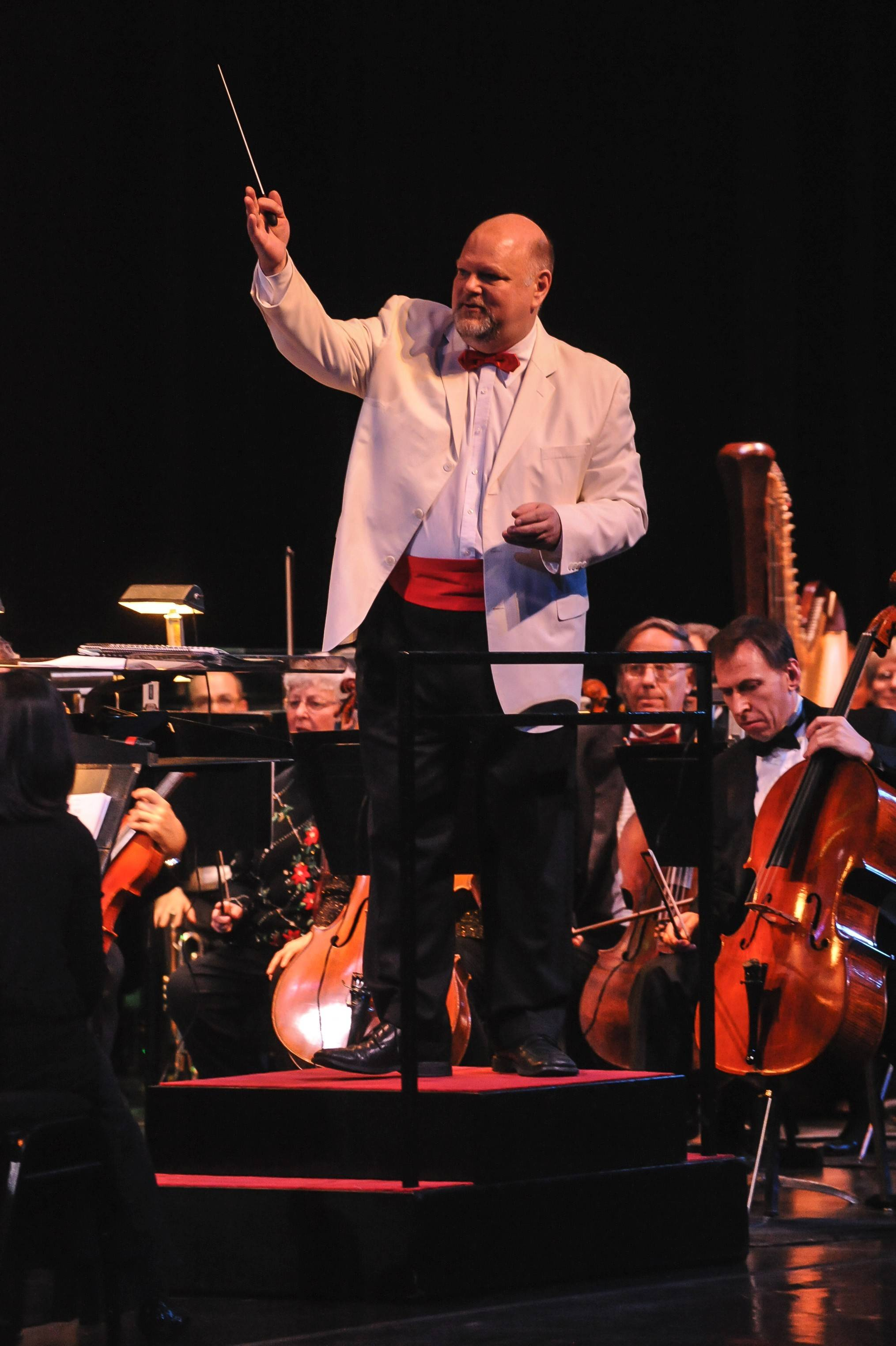 Stephen Squires will conduct The Elgin Symphony Orchestra Saturday, Nov. 29, performing the Magical Disney Experience.