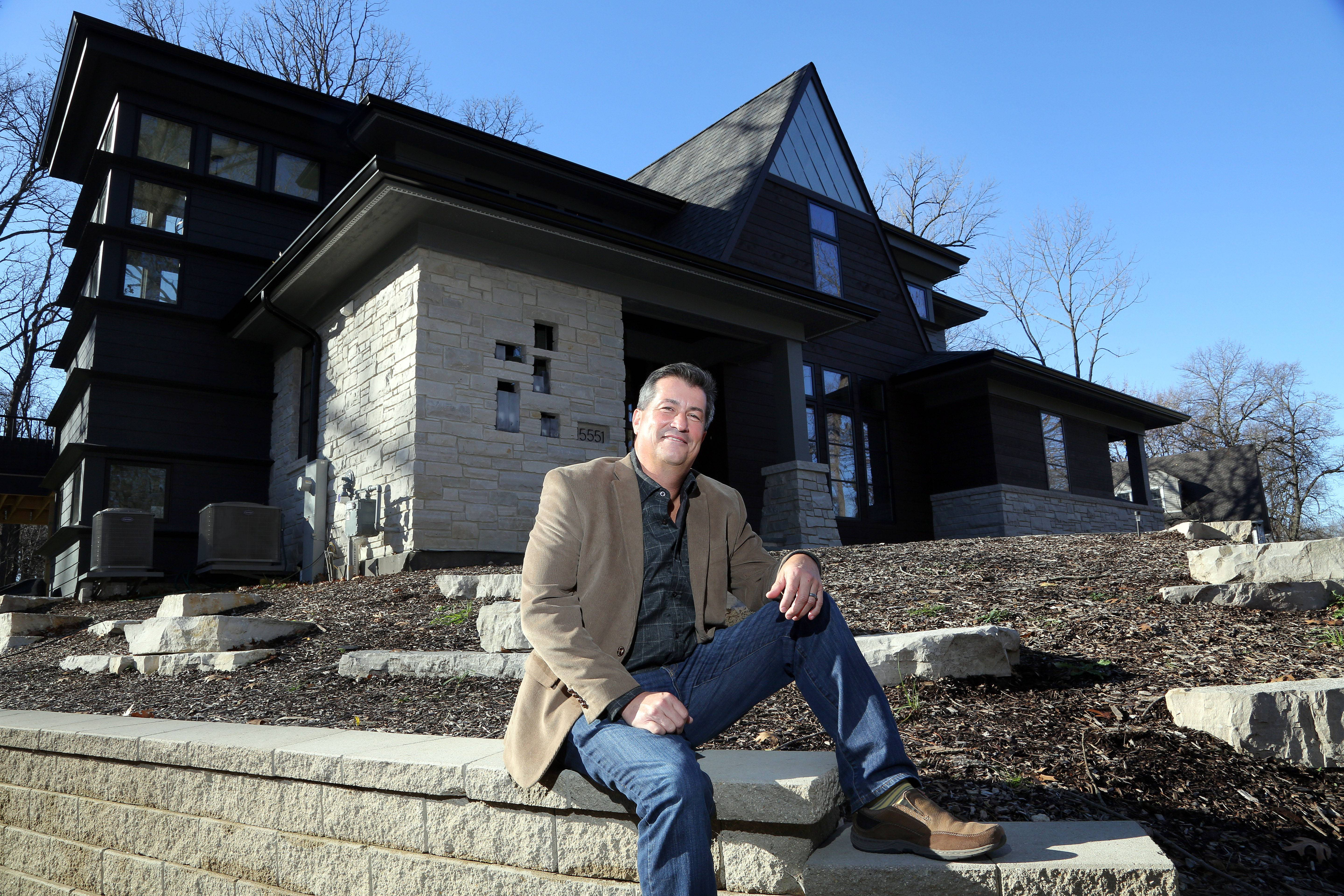 Tony Perry, owner of custom builder A. Perry Homes, designed this Libertyville house.