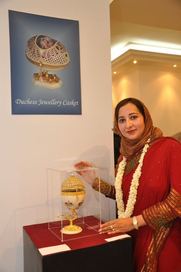 Mrs.Farha Sayeed displaying one of her exquisite  creations.Ashfaq Hussain Syed