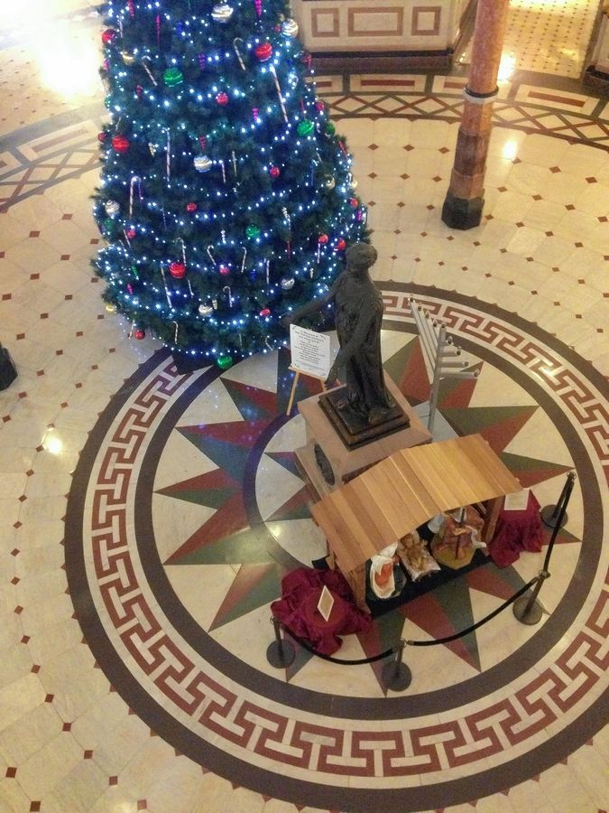 The Illinois Capitol rotunda is decorated for Christmas, but there is no Festivus pole in this year of airing grievances.