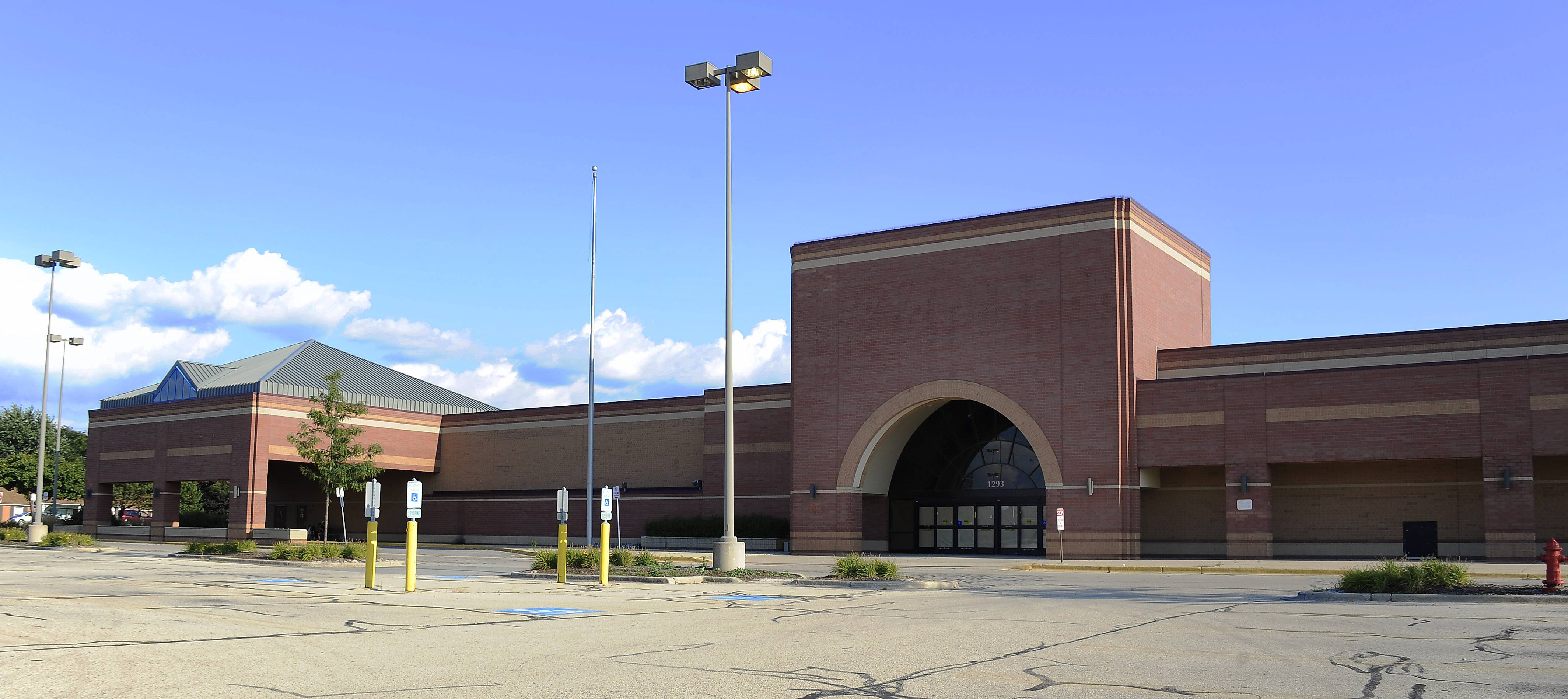 Art Van Furniture Plans To Open In The Vacant Dominicku0027s Grocery Store At  The Intersection Of