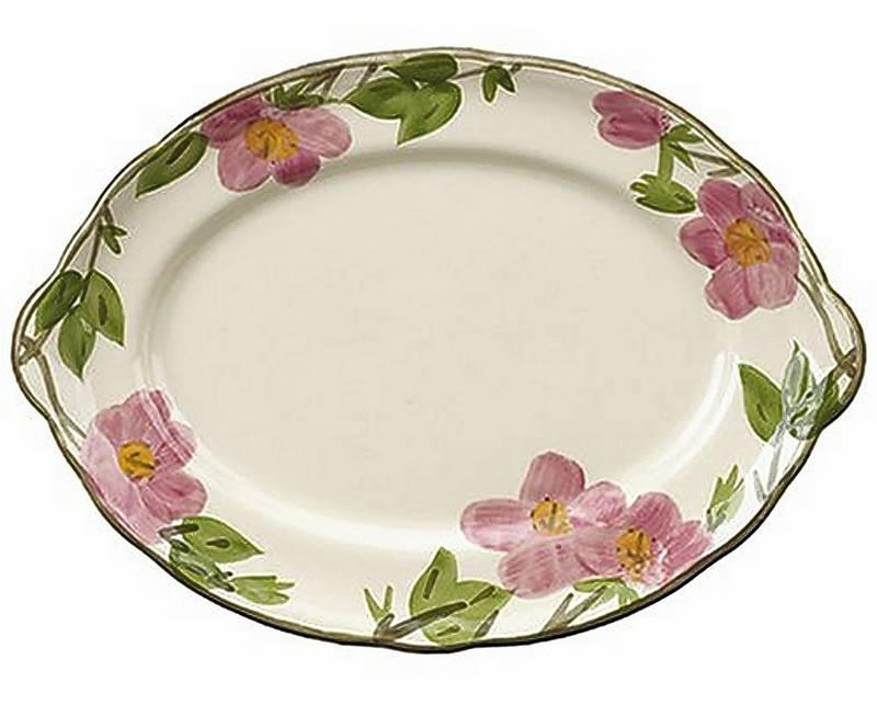 Earthenware dinner set design inspired by desert flowers