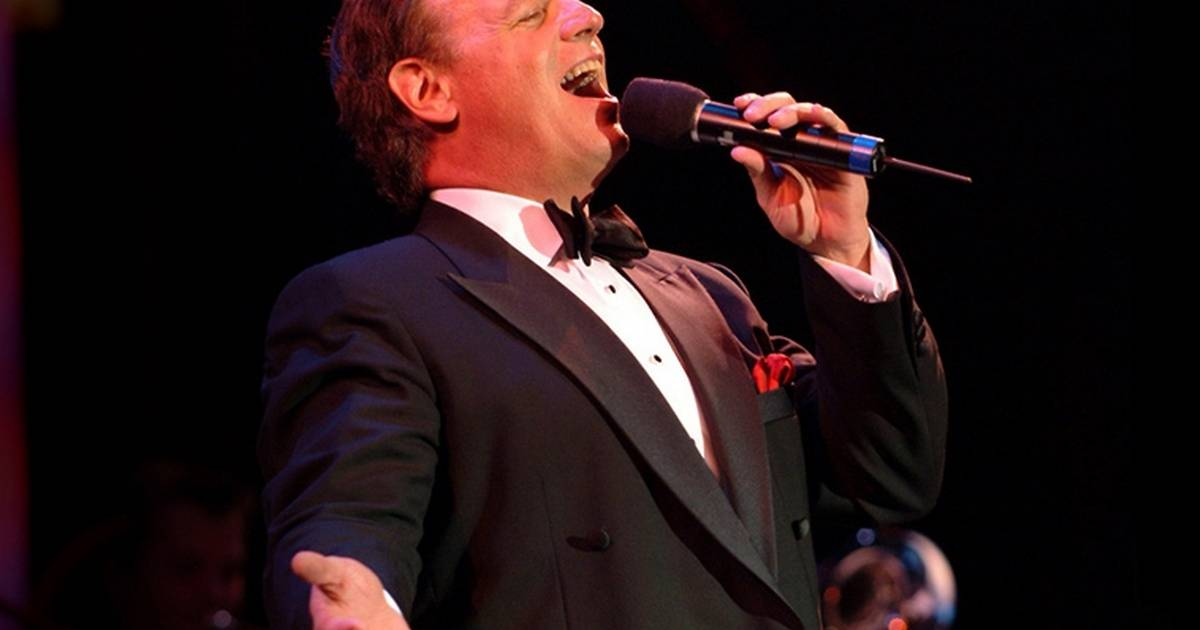 Weekend Picks See Rudolph Sing At Rosemont Theatre