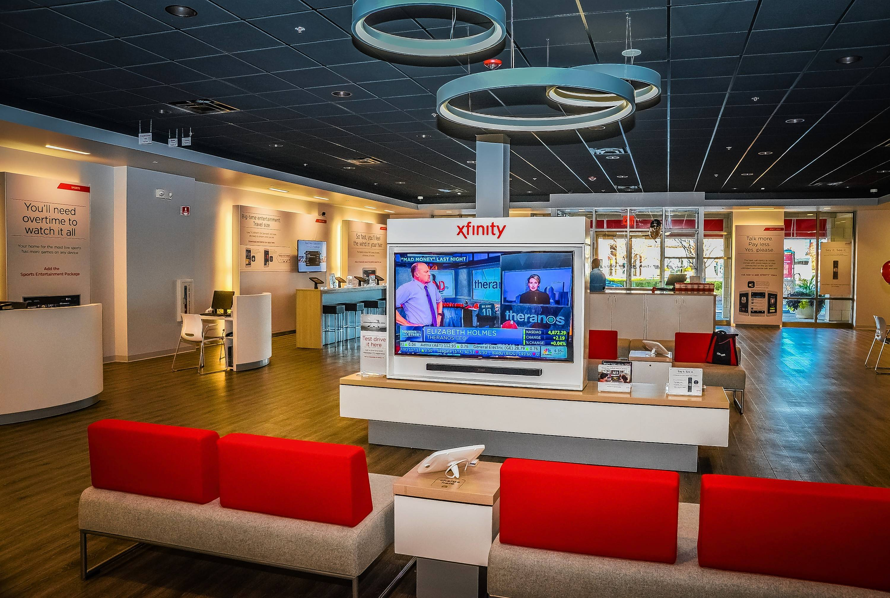 Mar 13,  · Comcast hours. What are Comcast office hours of operation and what are their customer service hours today? Comcast is the biggest cable TV, internet and phones company in the starke.ga you can find what are Comcast hours, and more info about their locations .