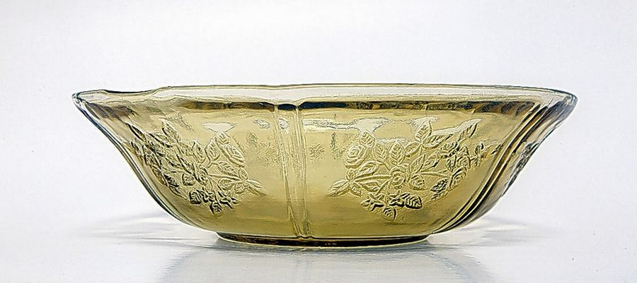 This Depression glass bowl would sell for around $30.