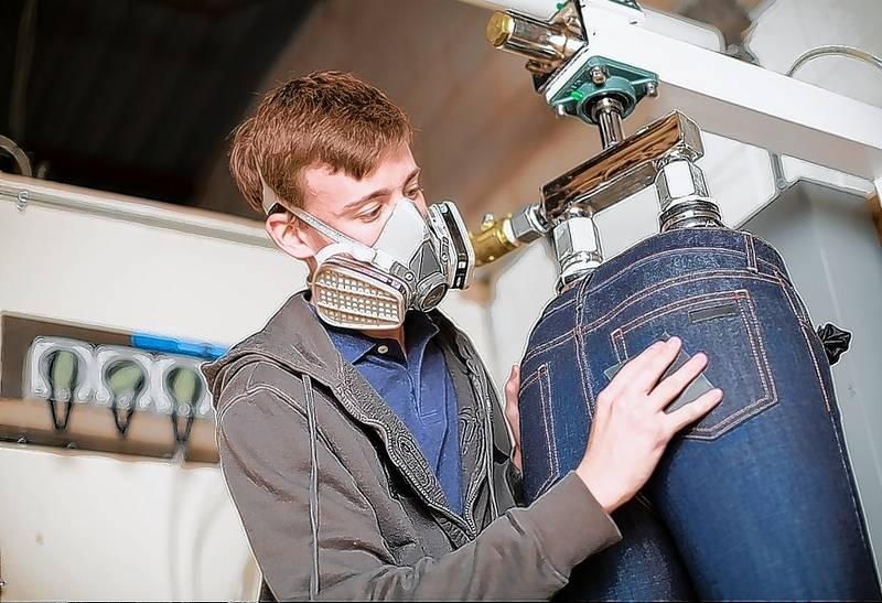 Lombard entrepreneurs start custom-made jeans company
