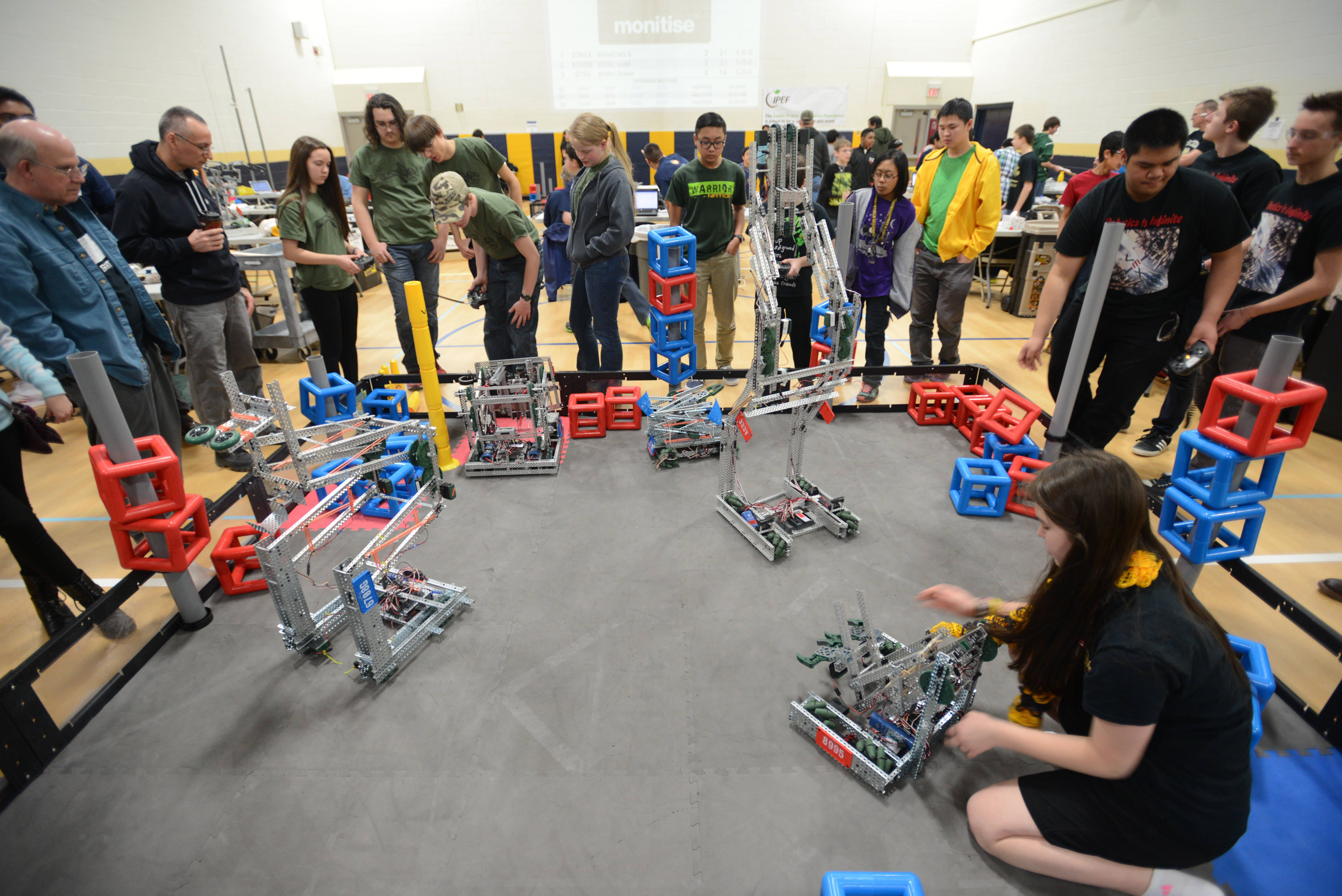 Robots Are The Stars In Competition At Neuqua