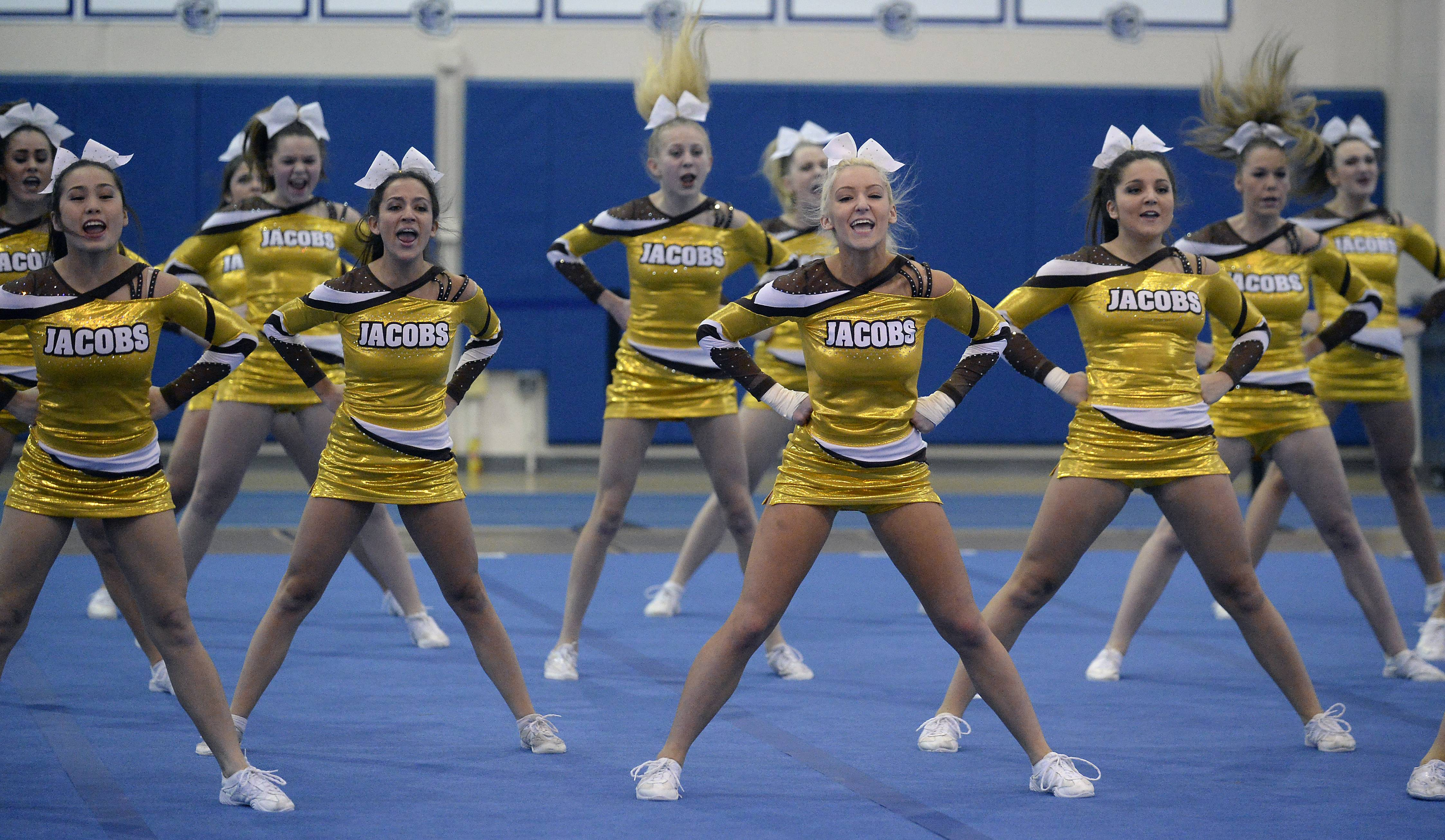 Algonquin Jacobs High School Cheerleaders Large Team  Compete In Competitive Cheerleading Sectionals