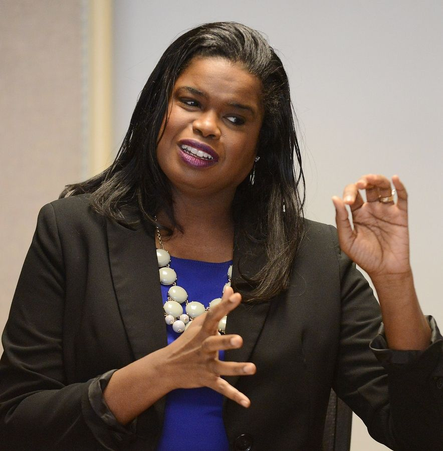 Cook County state's attorney candidate Kim Foxx