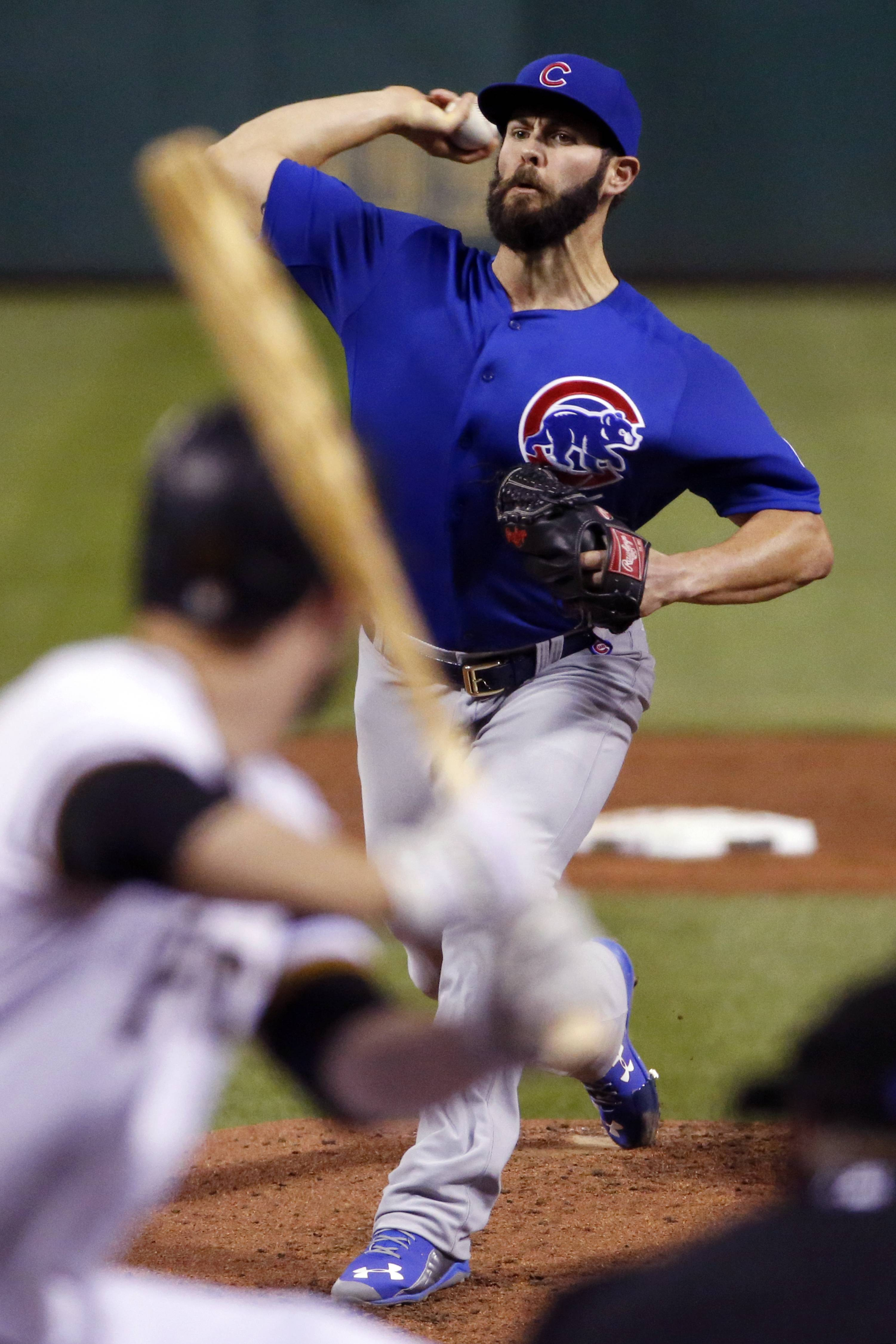With a new $10.7 million contract reached Friday night, Jake Arrieta and the Cubs avoid an arbitration meeting.