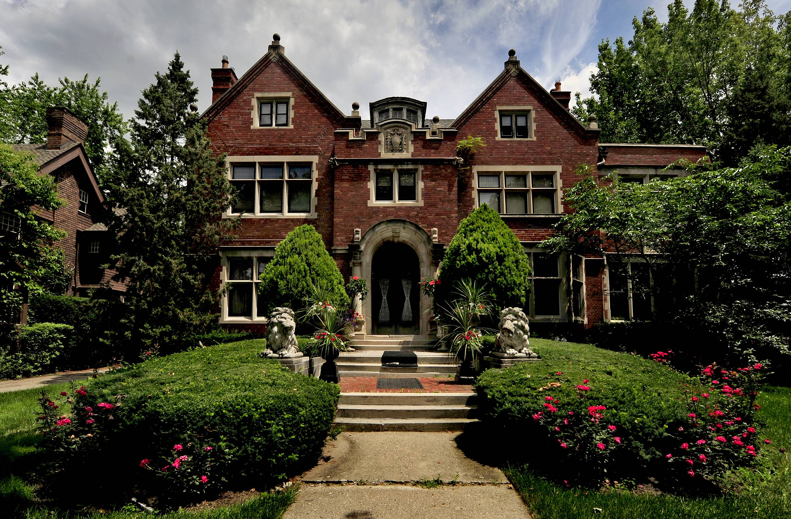 Why luxury homes are back in demand in Detroit
