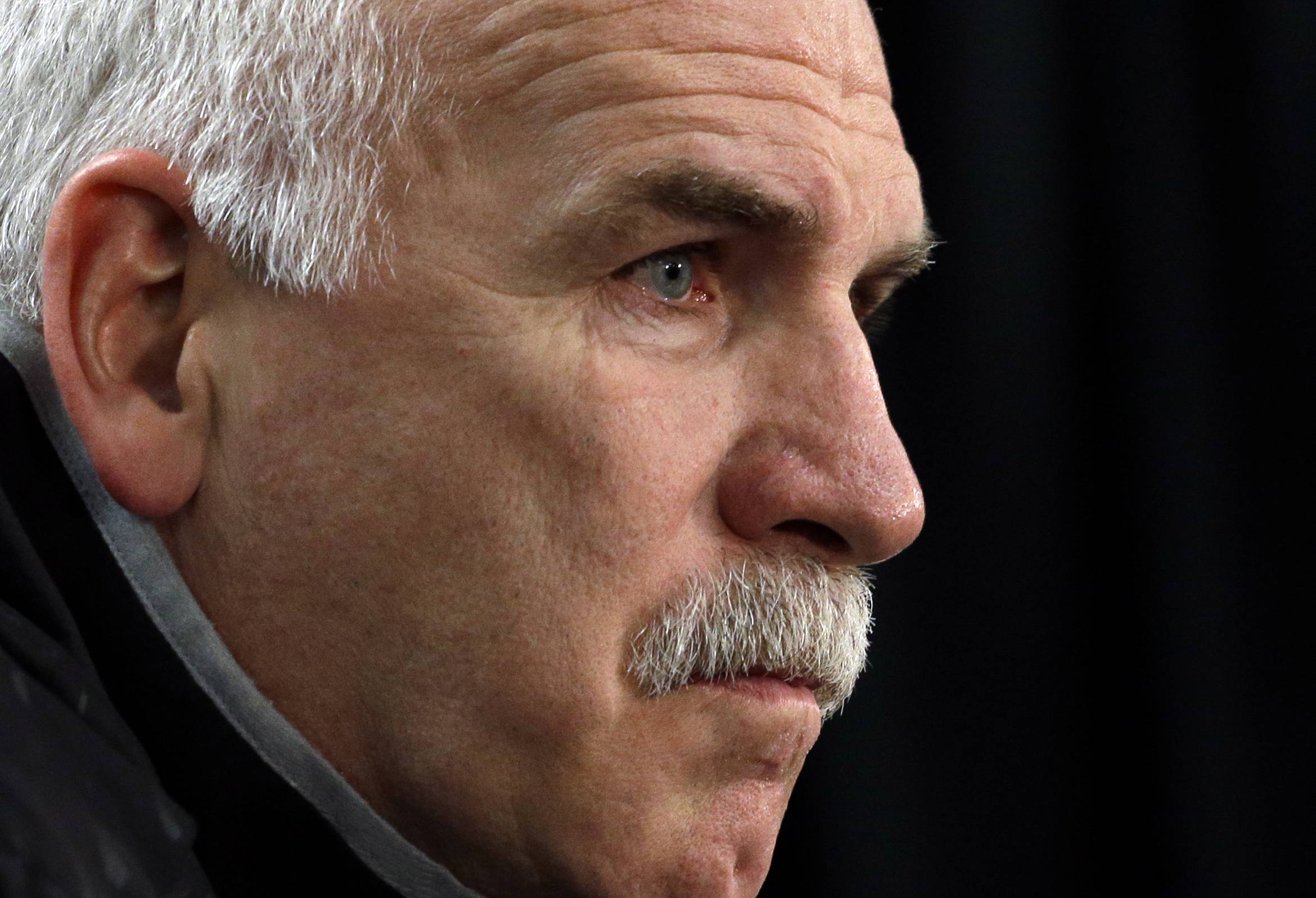 Chicago Blackhawks head coach Joel Quenneville said the NHL told him that the referees should not have reversed a first-period goal scored by Brandon Mashinter on Tuesday during the Blackhawks' 2-0 loss to San Jose at the United Center.