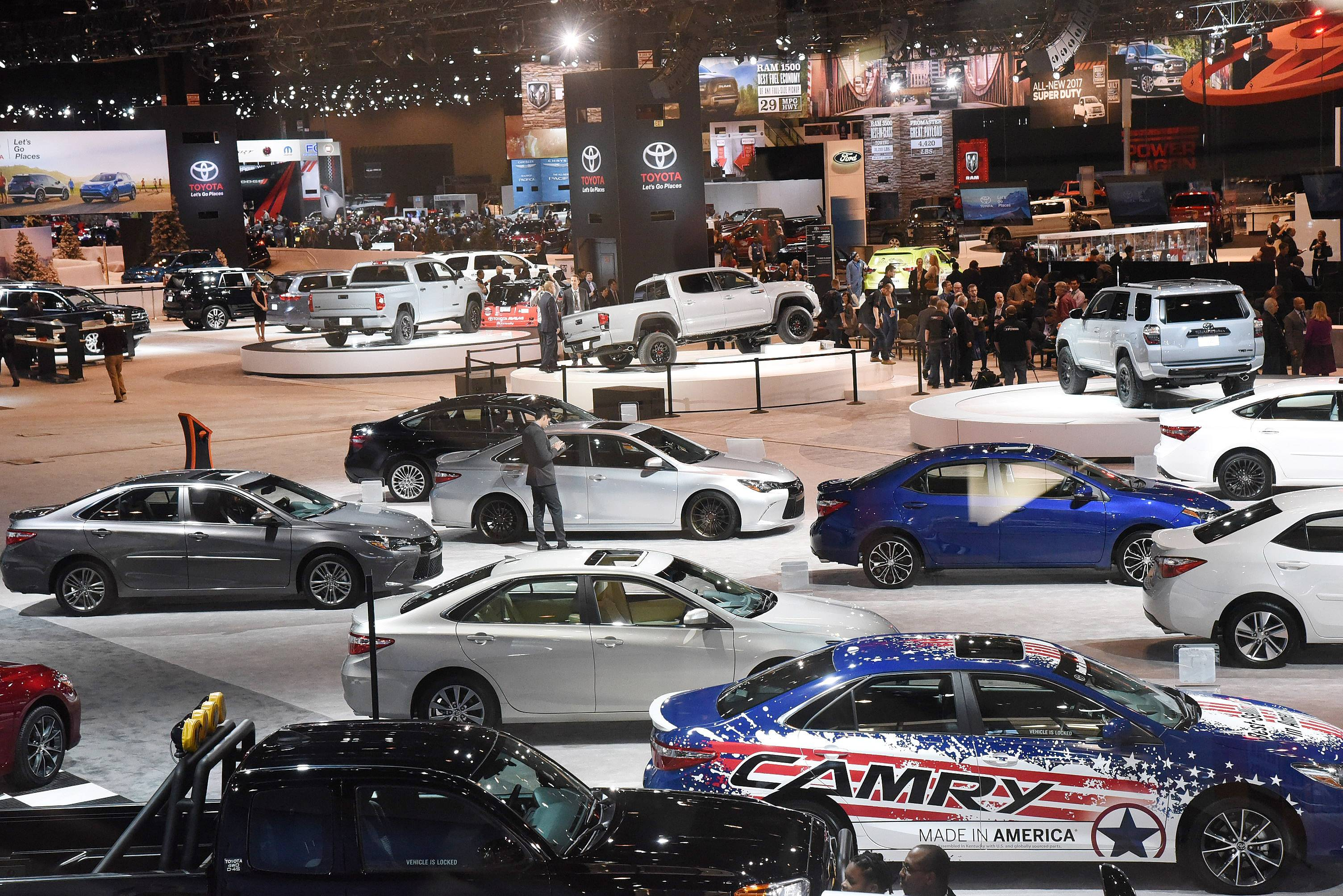 Wickstrom Auto Group >> Images: Shiny new cars and trucks debut at the Chicago Auto Show