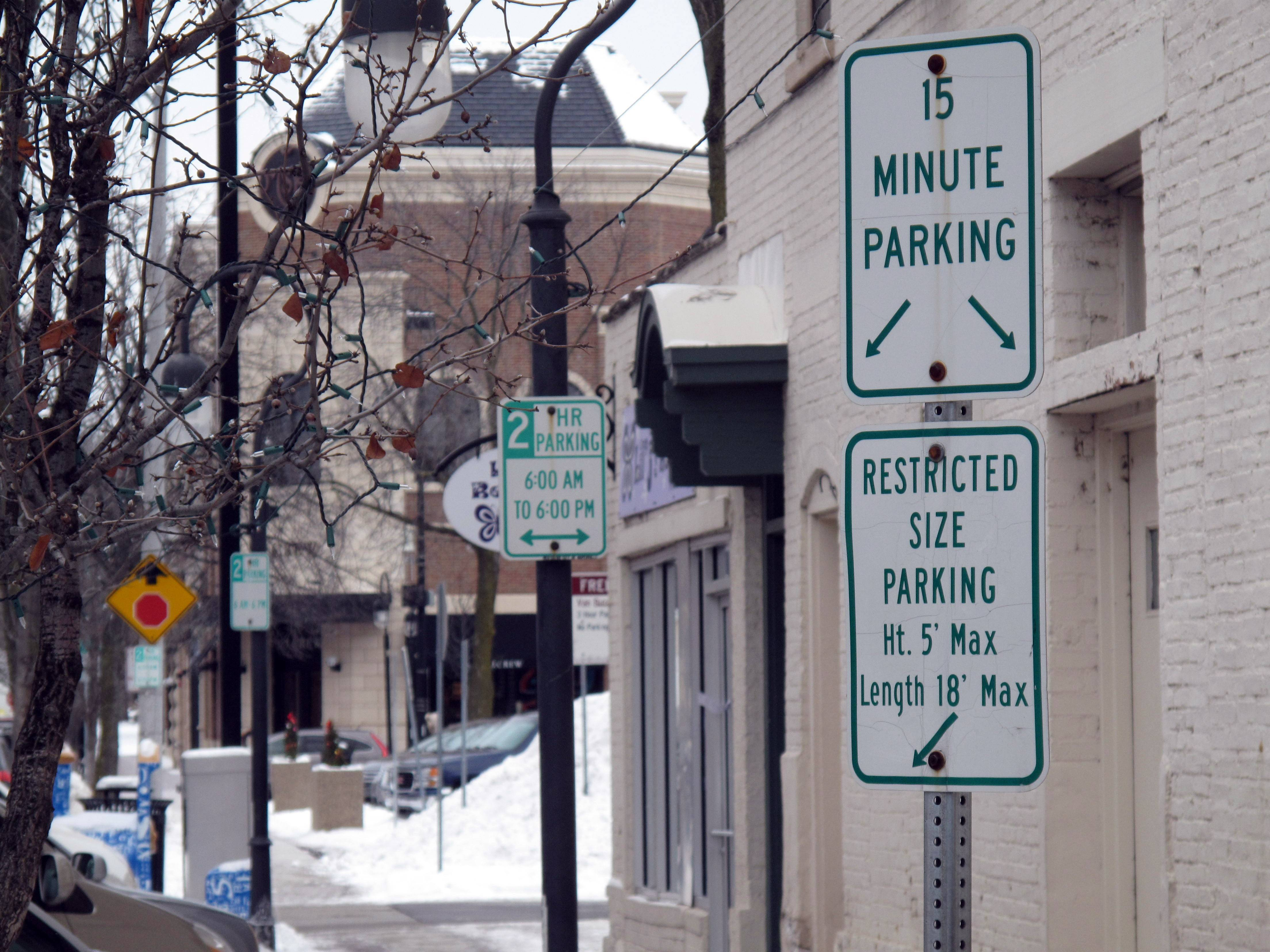 Downtown Naperville parking satisfaction drops as shoppers perceive 'hassle'