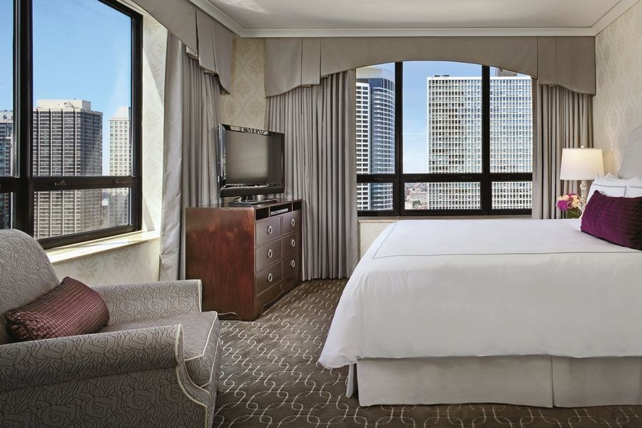 "Make it a painterly getaway with the Ritz-Carlton Chicago's ""Explore Your Inner van Gogh"" package through May 8."