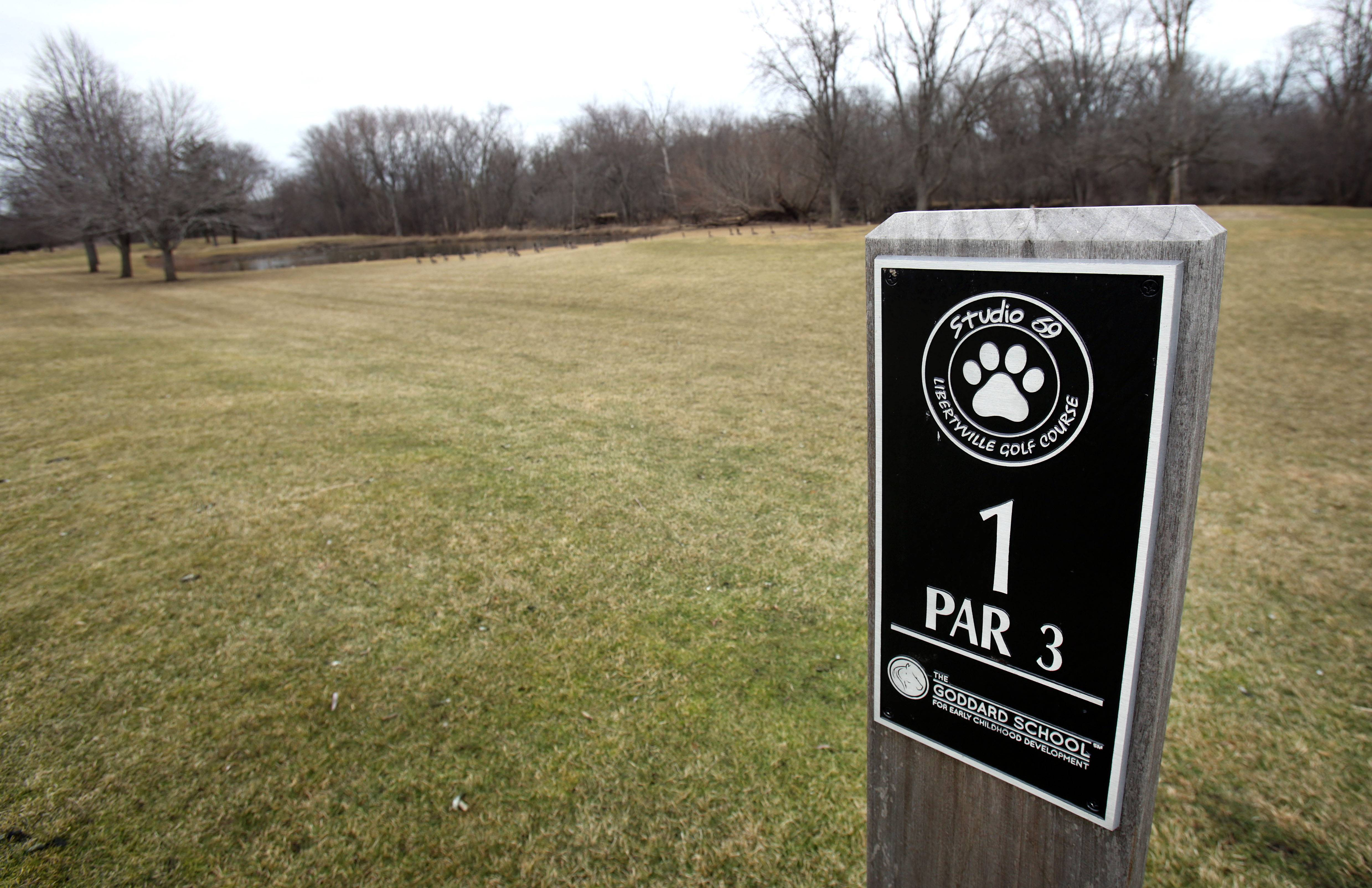 Libertyville officials again face decision with 9-hole golf course
