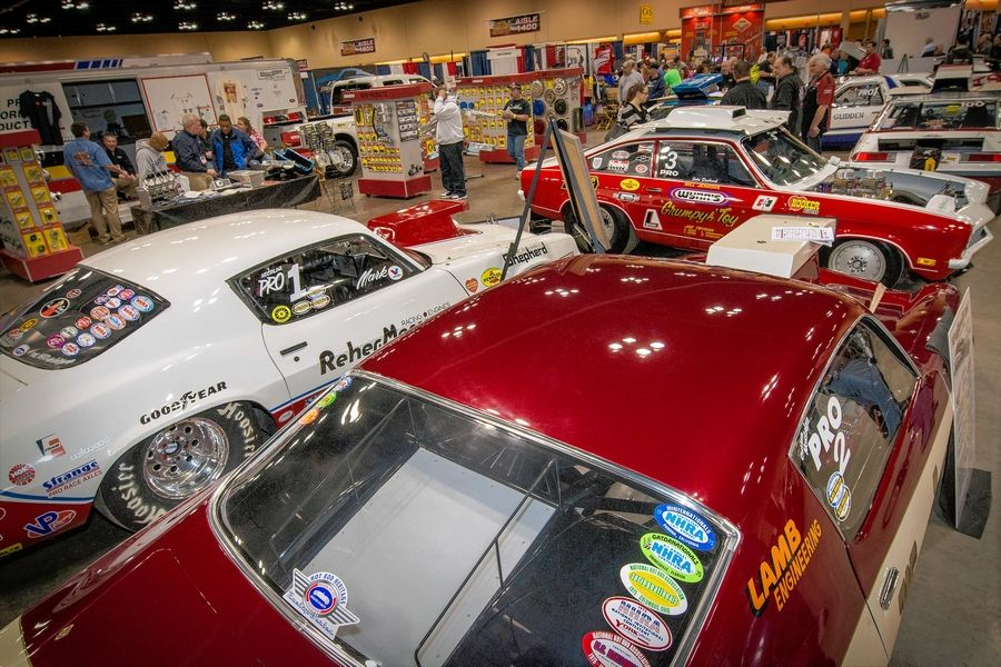 The 2016 Race and Performance Expo moved to the Renaissance Schaumburg Convention Center this year.