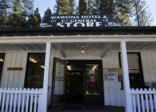 Yosemite Park's iconic attractions get new names