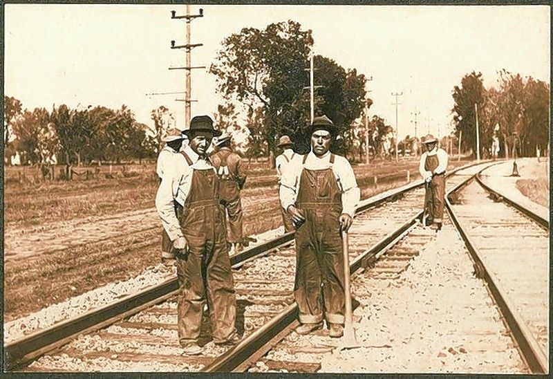 "Learn about ""The History of Mexican Railroad Boxcar Communities in the Chicago Area & the Midwest"" with the McHenry County Historical Society's 30th annual Sampler Lecture Series. Railroad employees often lived in tenement housing built of railroad ties or in converted boxcars."