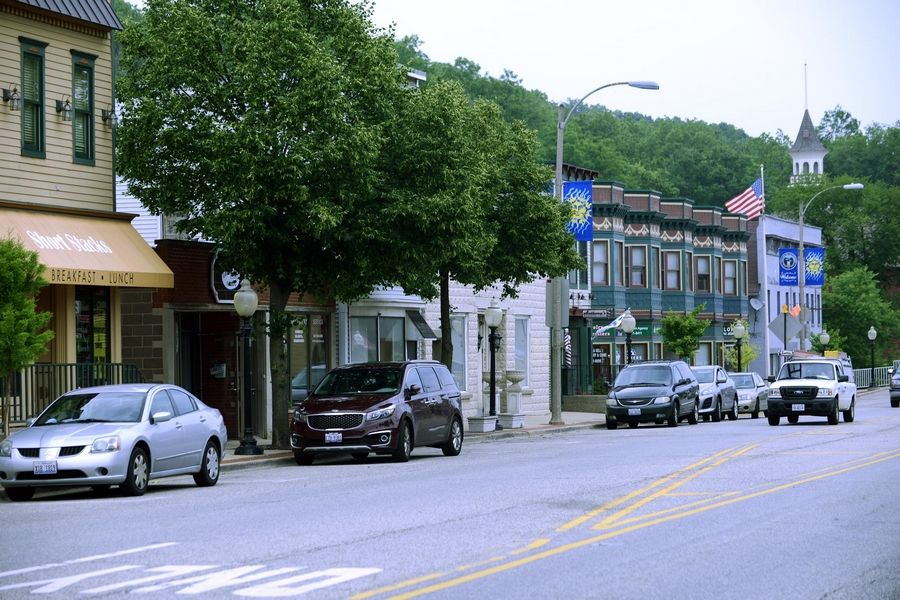 Algonquin village officials are considering a streetscape plan for the redevelopment of the village's downtown.