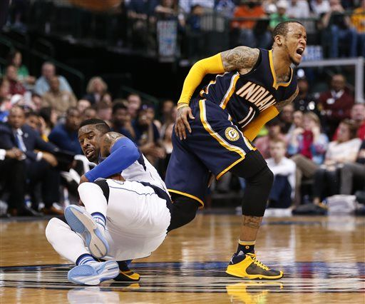 Ellis boosts Pacers past Mavs 112-105 in return to Dallas