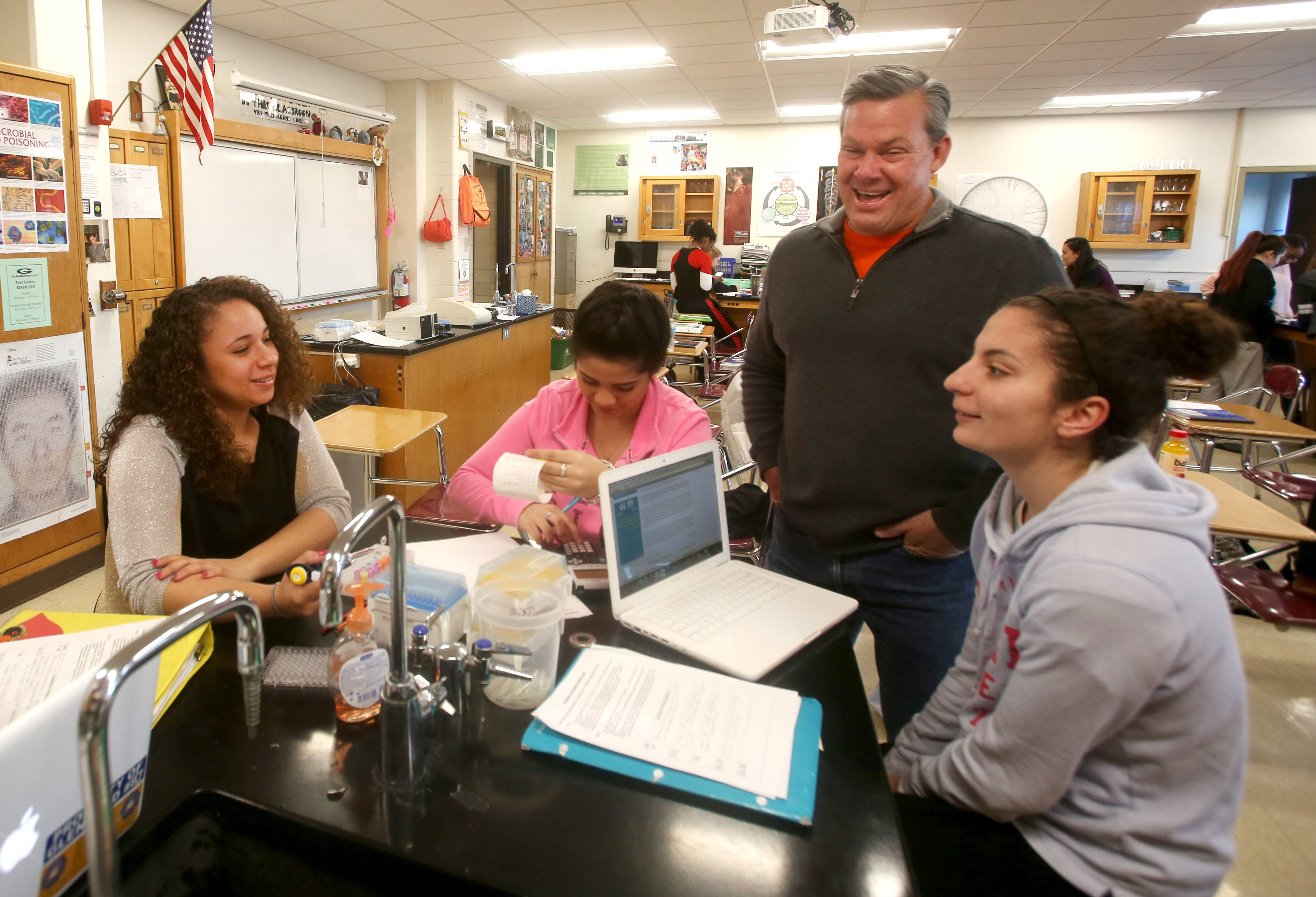 Glenbard East teacher engages young minds