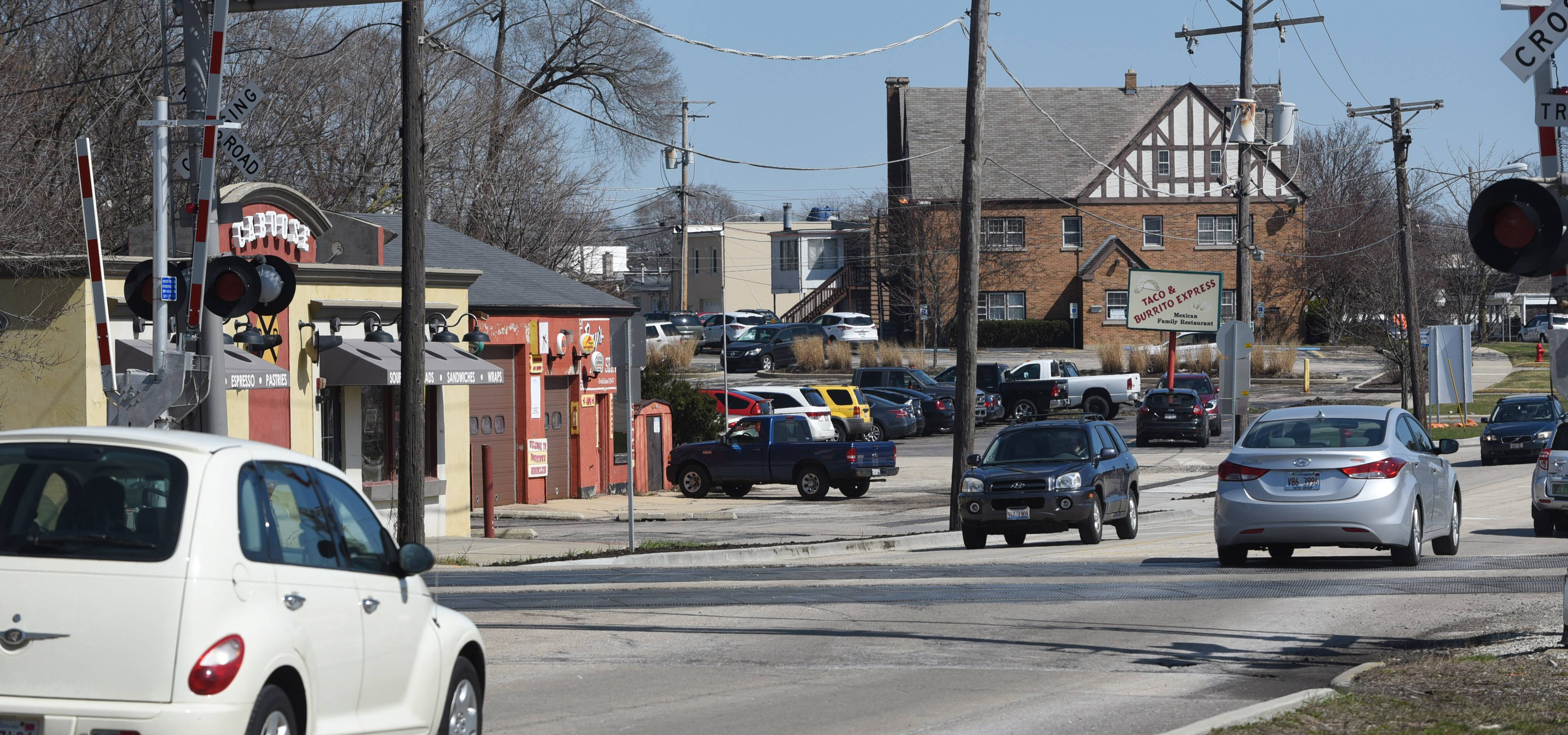 Mundelein officials tap consultant for downtown planning
