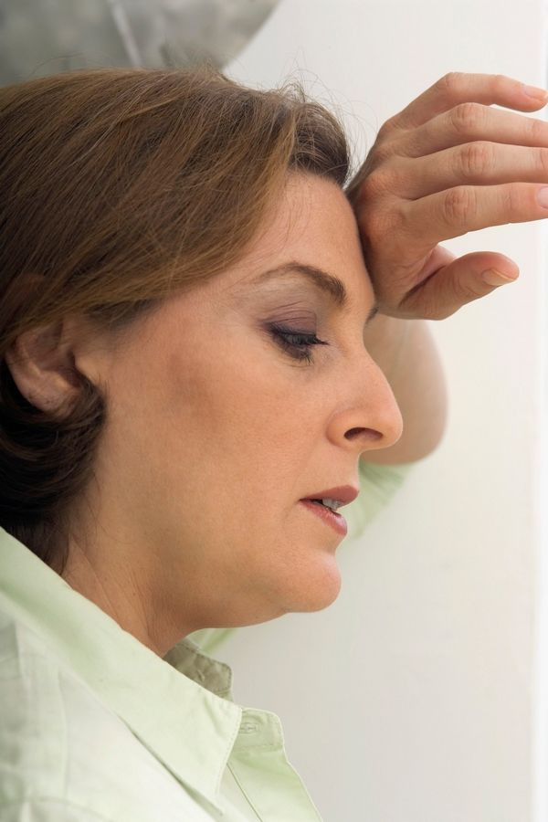 Hormone therapy, traditional drugs and nonmedicinal treatments can help with hot flashes.
