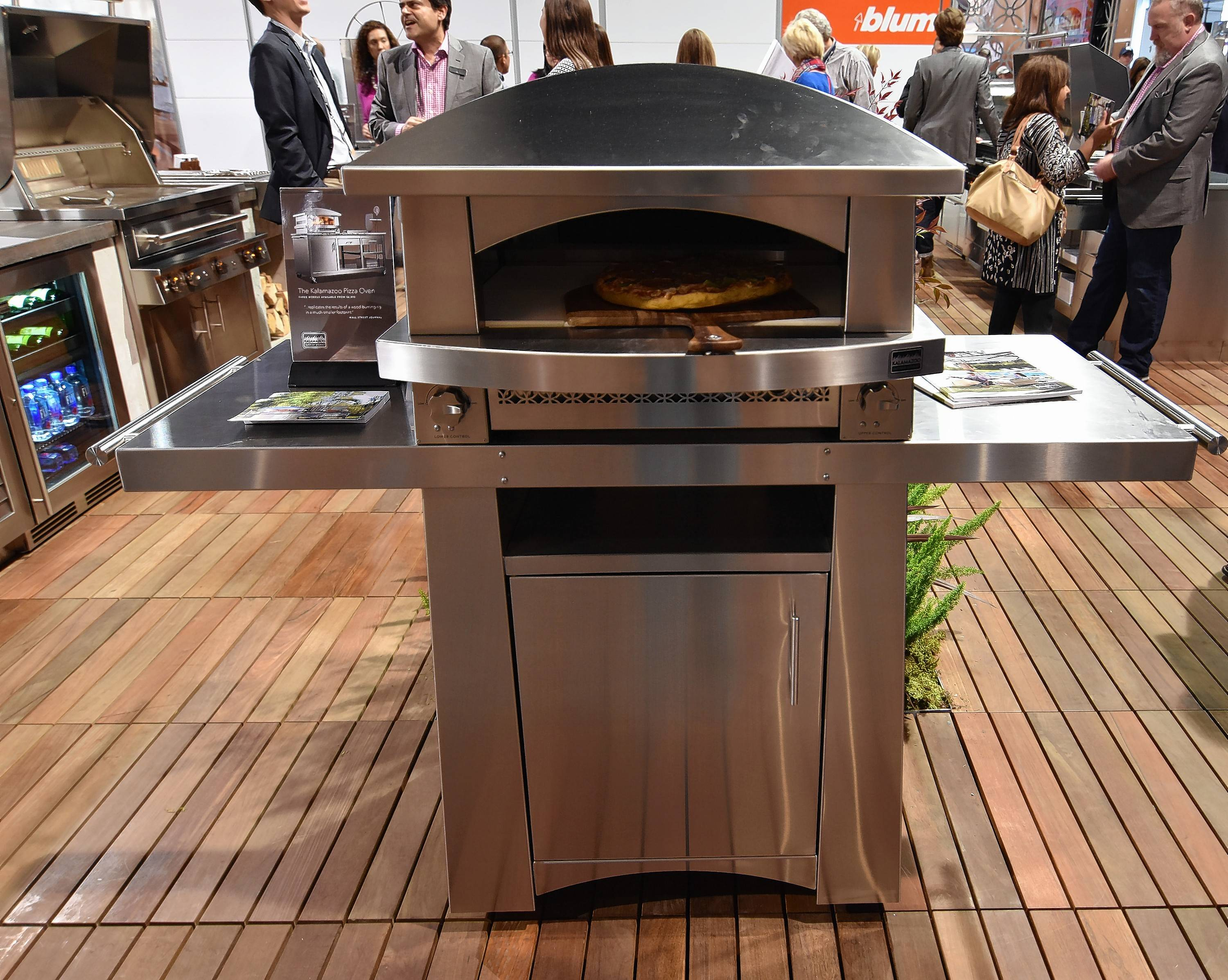 Kalamazoo Outdoor Gourmet Debuted Its $11,000 Free Standing Artisan Fire  Pizza Oven At The Kitchen