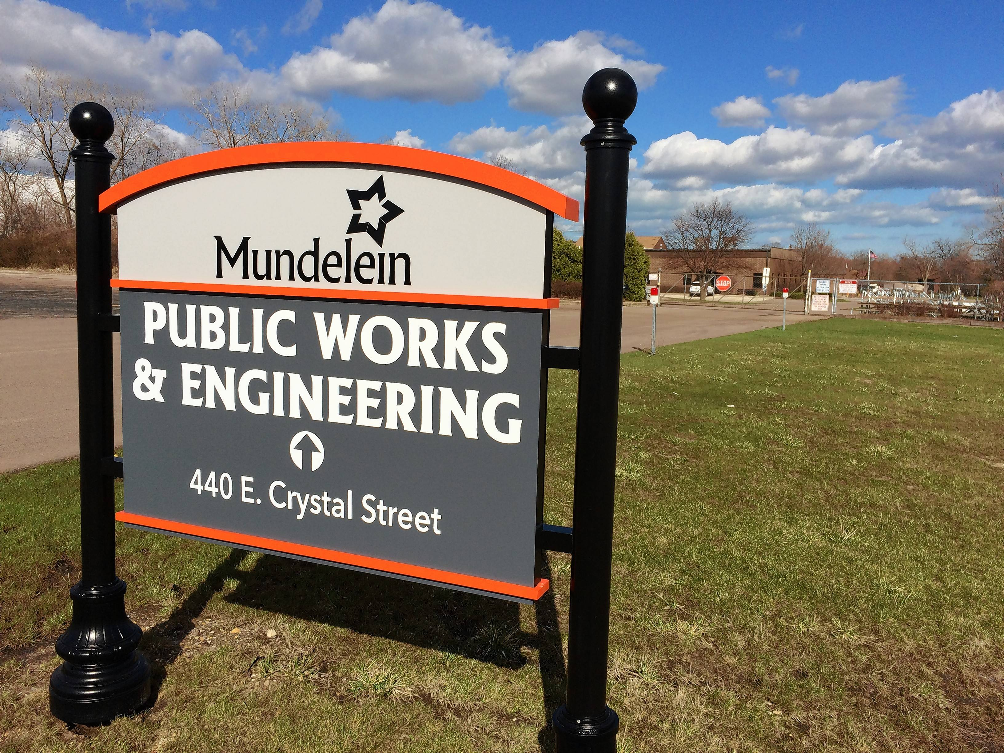 Mundelein public works employees get raises in new 5-year contract