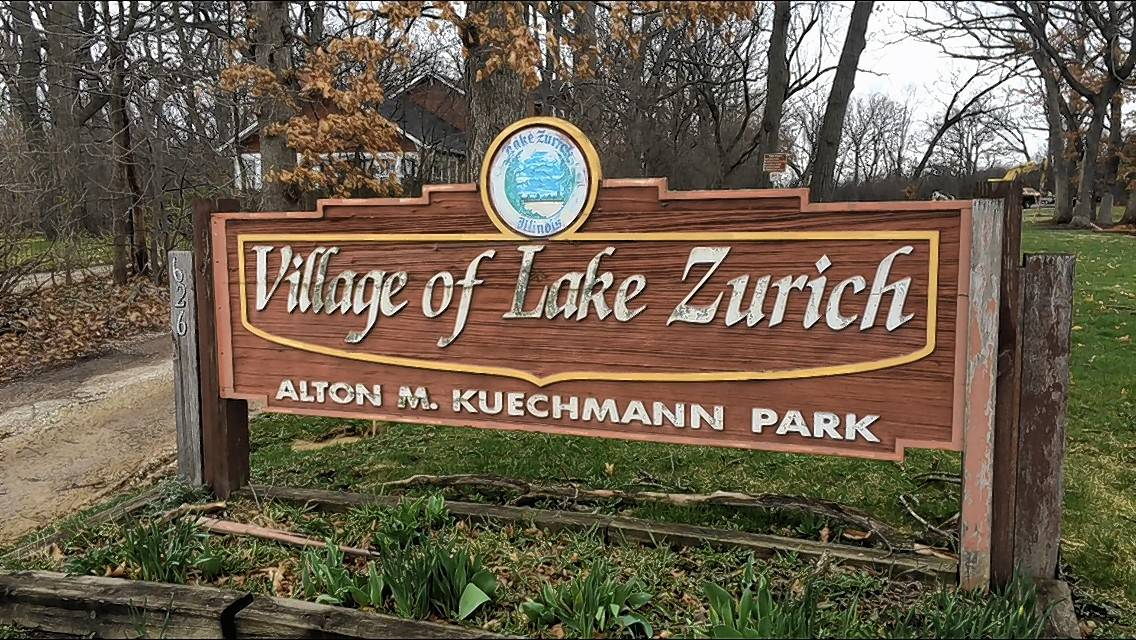Building demolition brightens future of Lake Zurich park