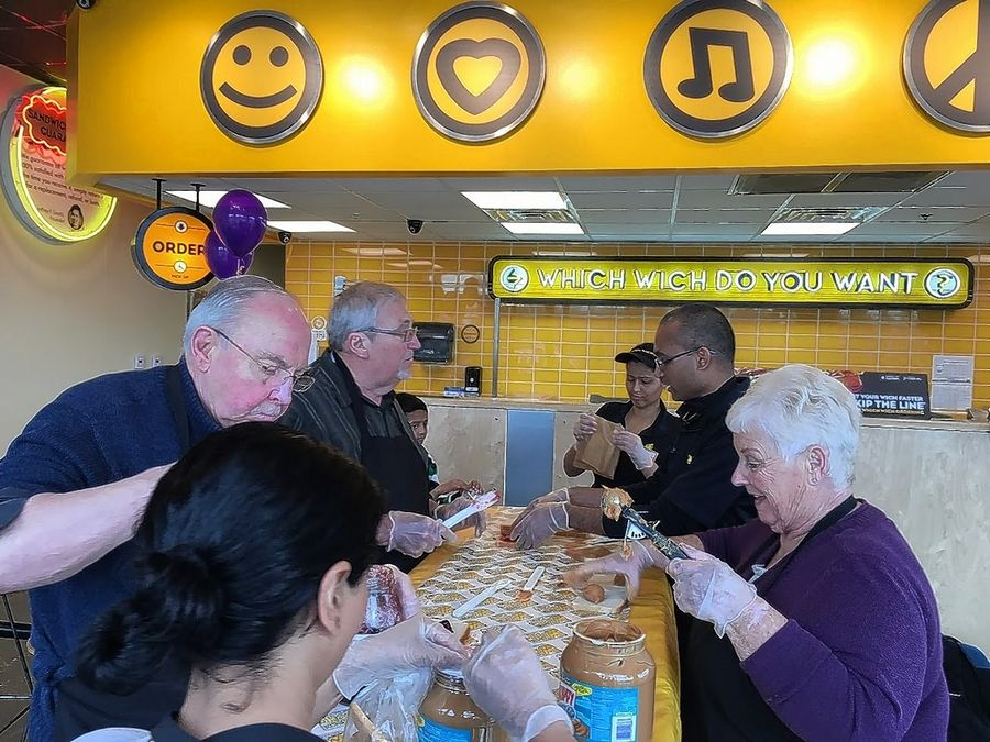 Cook County Which Wich Spreads Hunger Relief