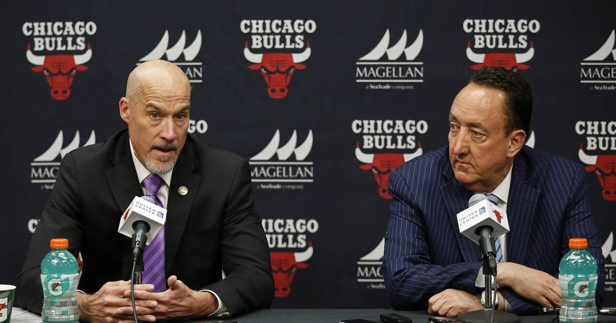 08bf837e7 Paxson spreads and shares blame for Bulls season