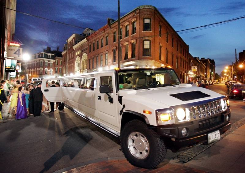How Will Your Teen Get To Prom - Hummer limos for prom